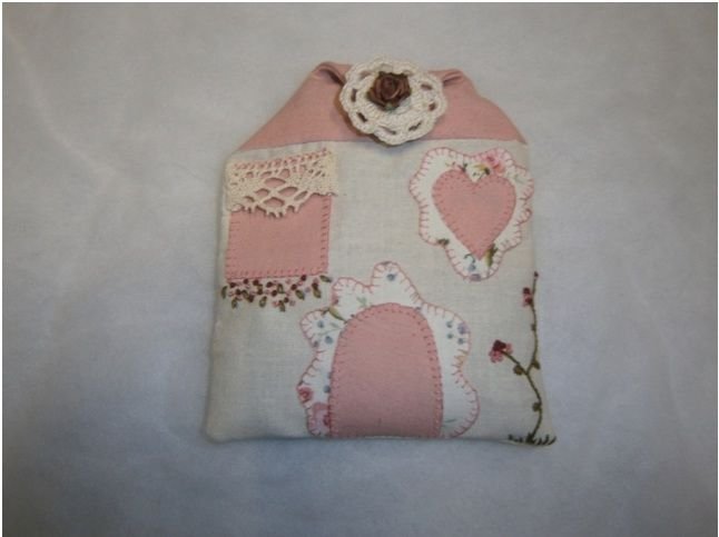Casita rosa lavanda de patchwork patrones cat logo de - Patrones de perros de patchwork ...