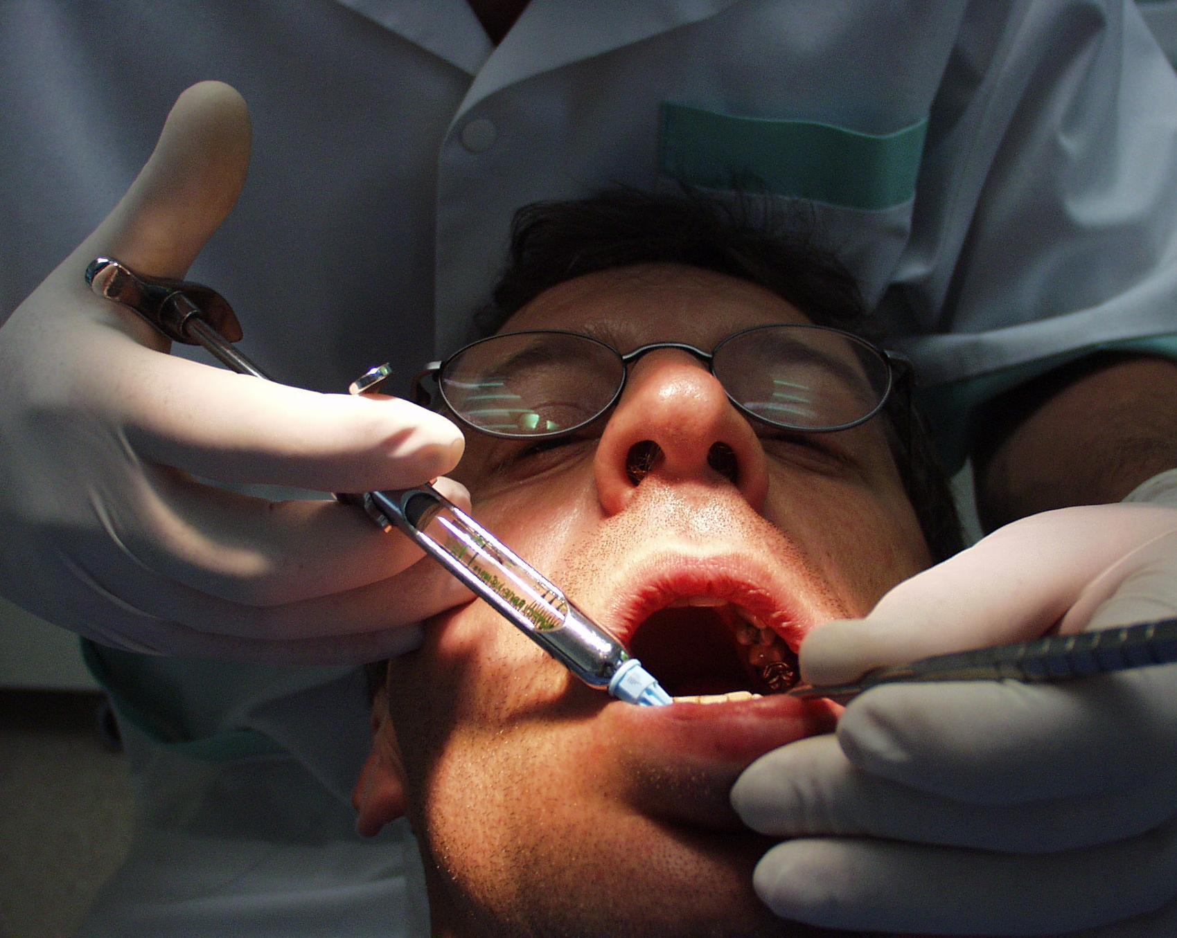 Foto 2 de Dentistas en Córdoba | Clínica Dental Dr. Marzo Martínez