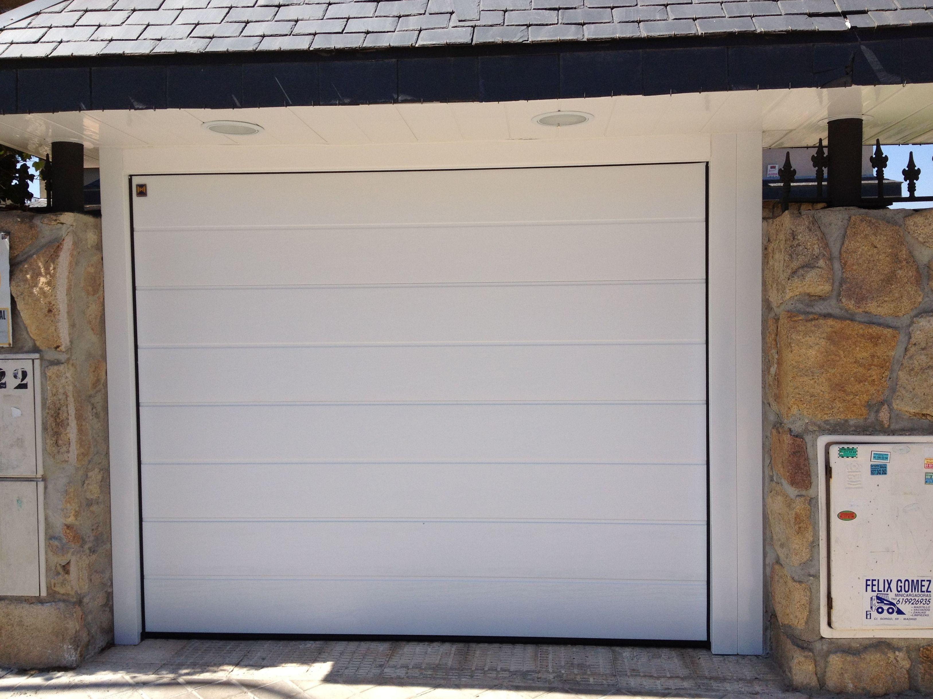 Tipos de puertas de garaje elegant consejos para puertas de garaje baratas with tipos de - Tipos de puertas de garaje ...