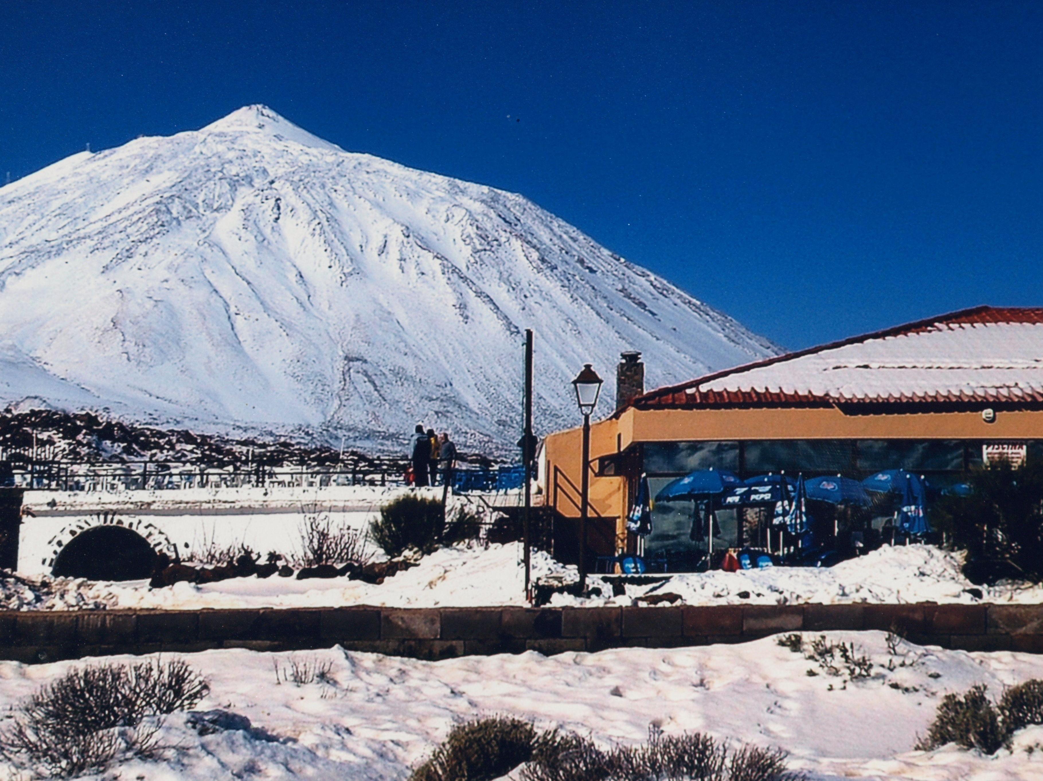 Restaurante Bamby con nieve