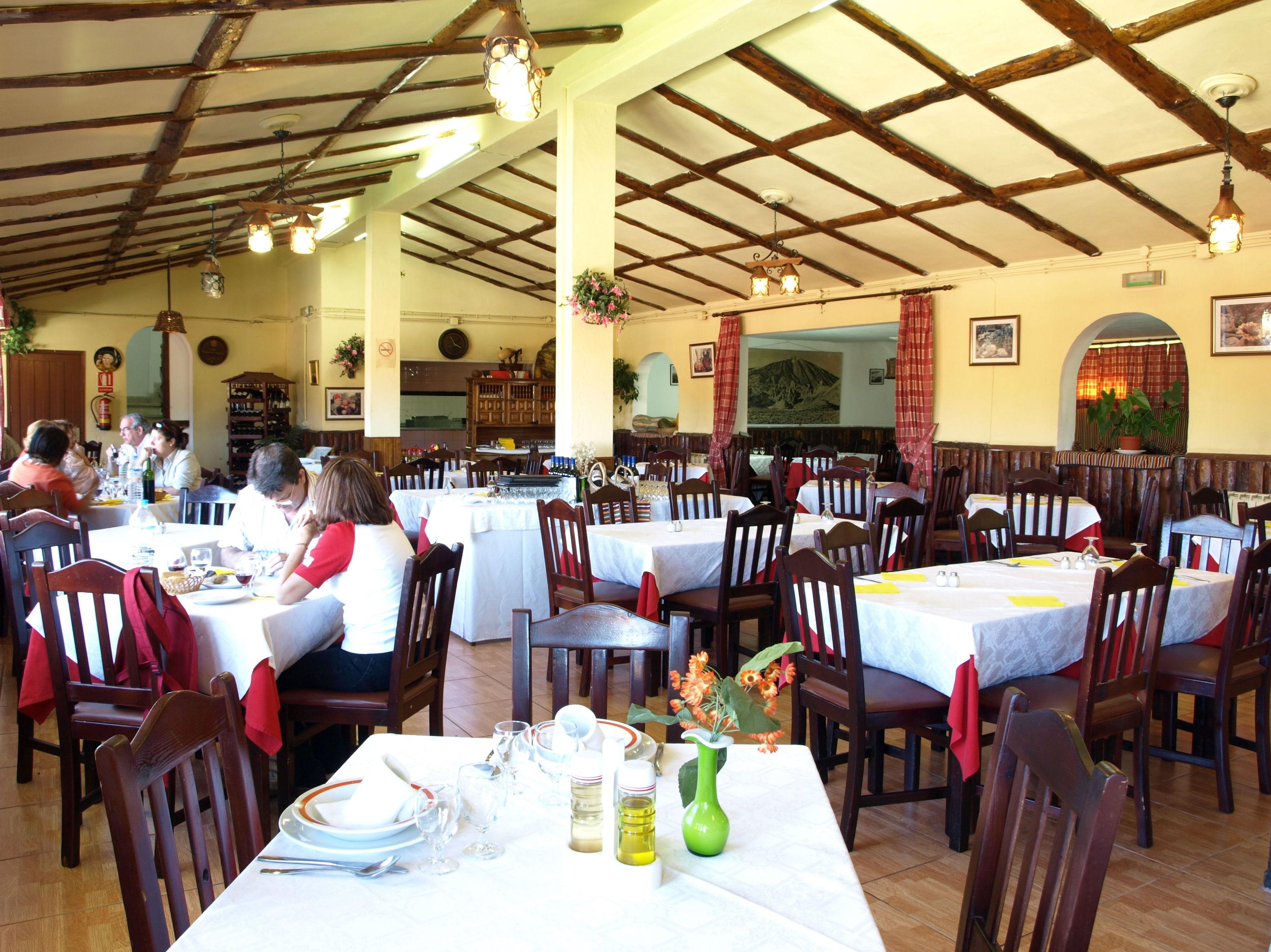 Salón comedor del restaurante El Portillo