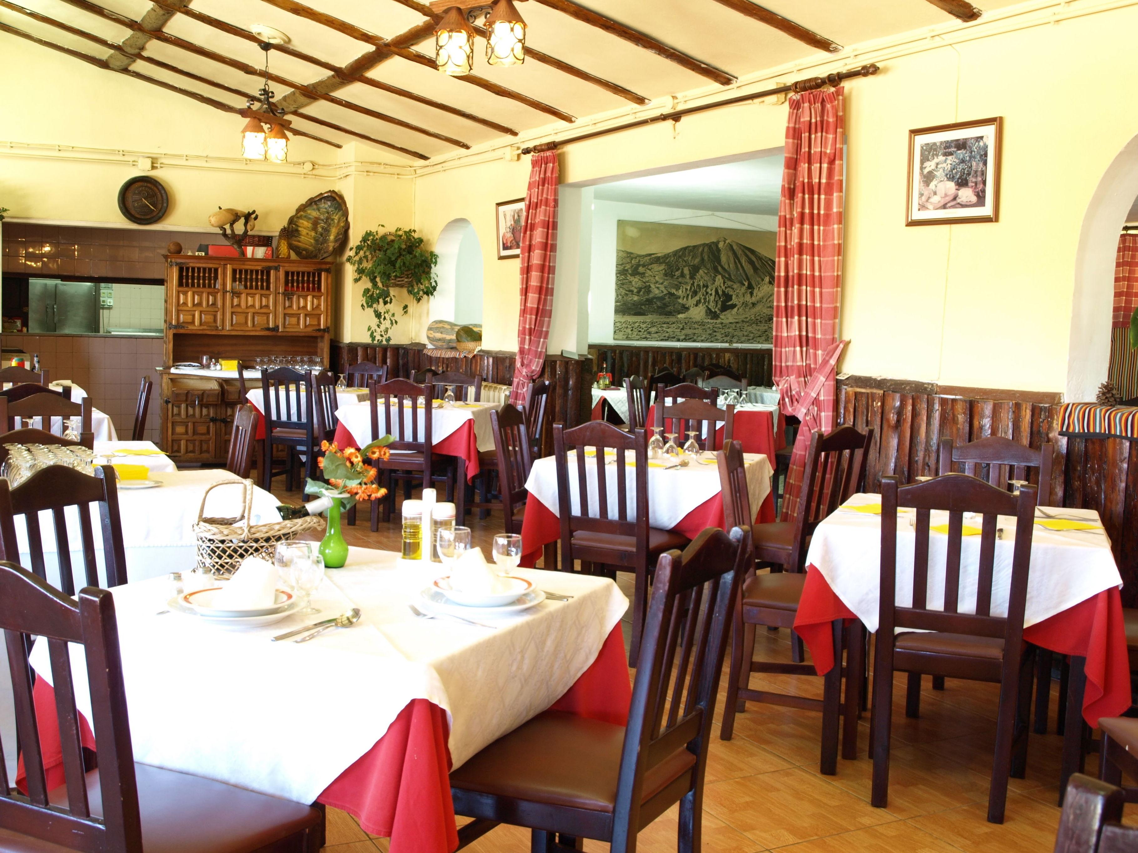 Restaurante El Portillo, cocina canaria tradicional