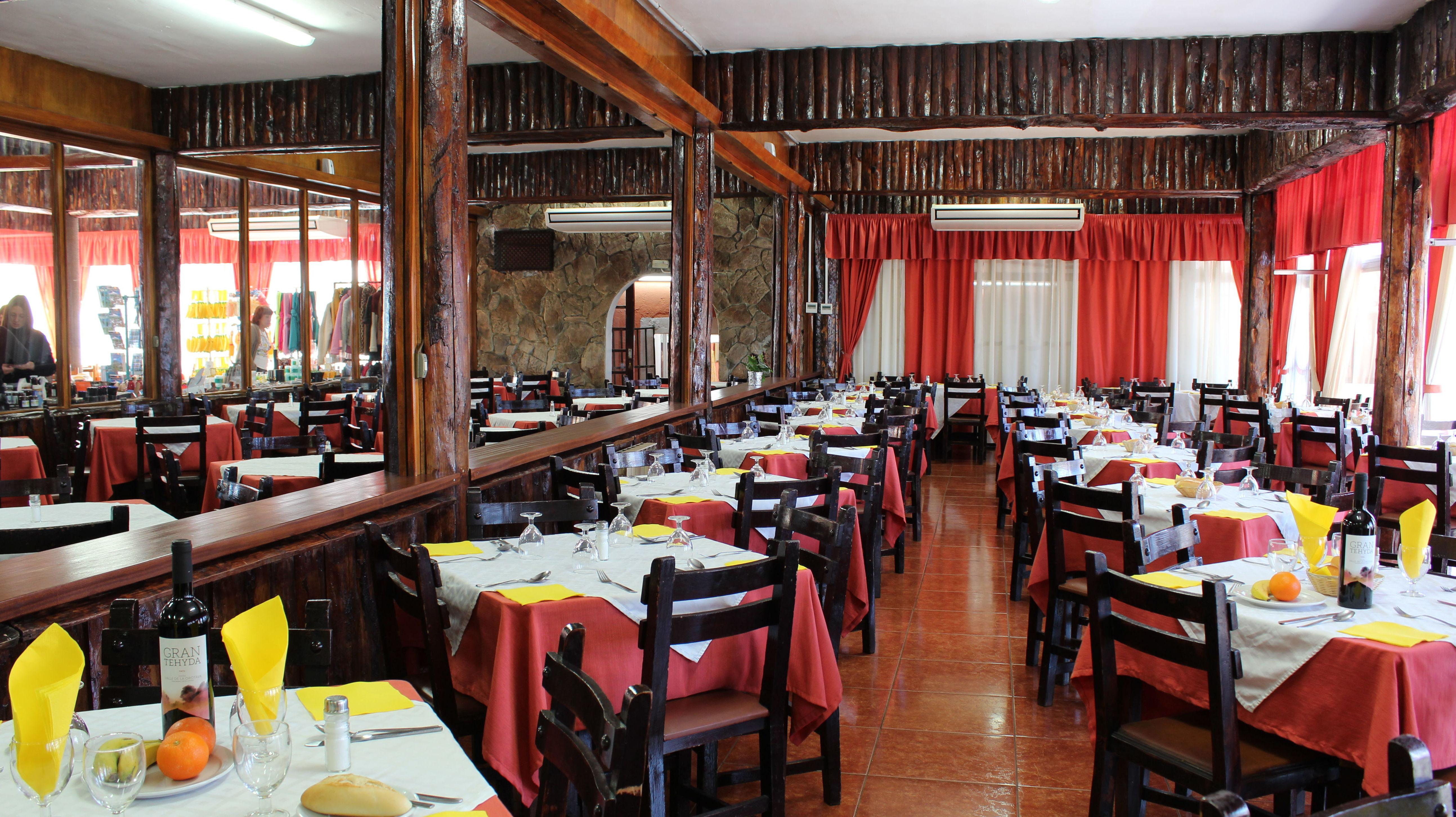 Amplio interior de nuestro restaurante