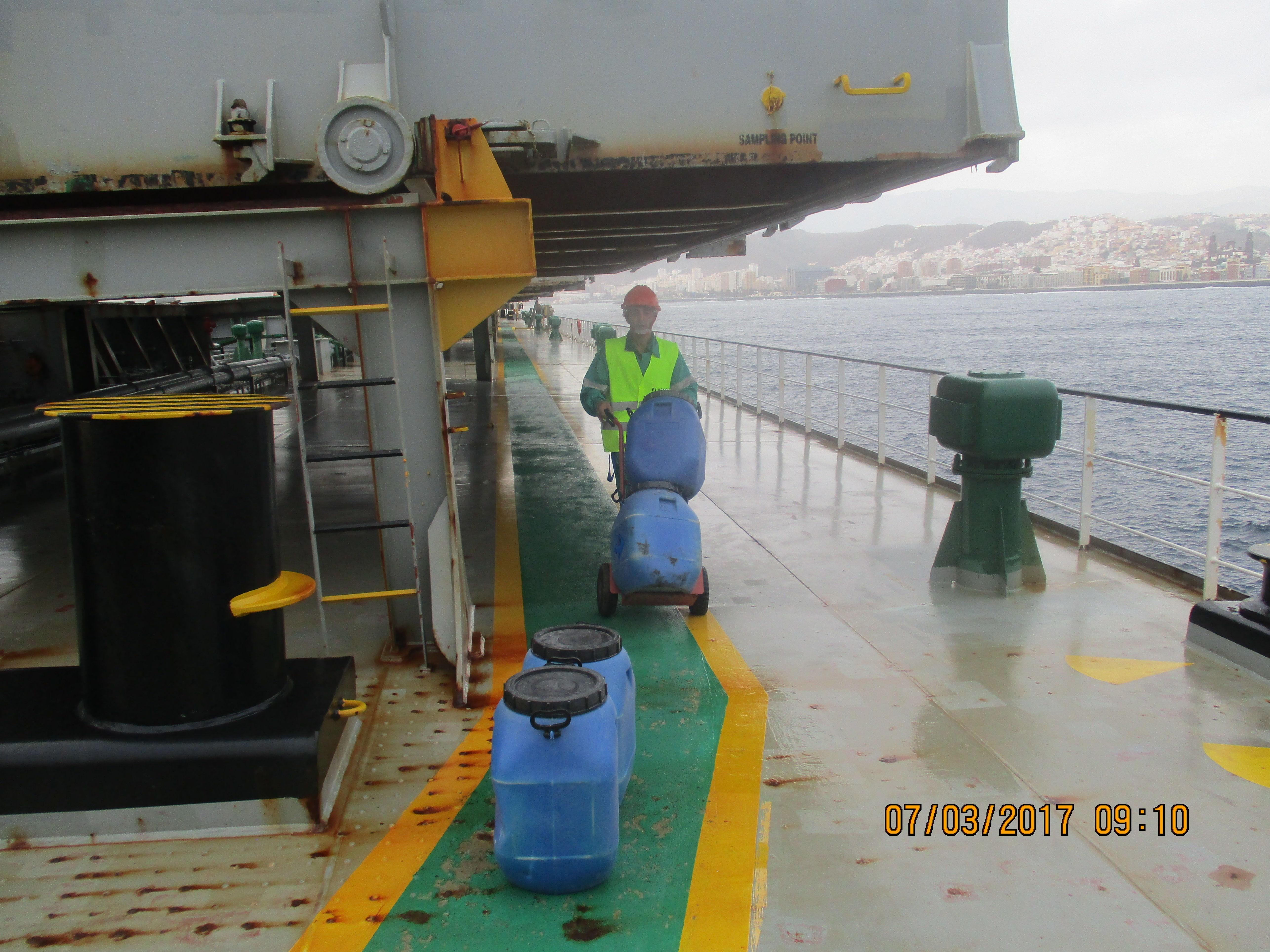 Retirada residuos fumigación a buques