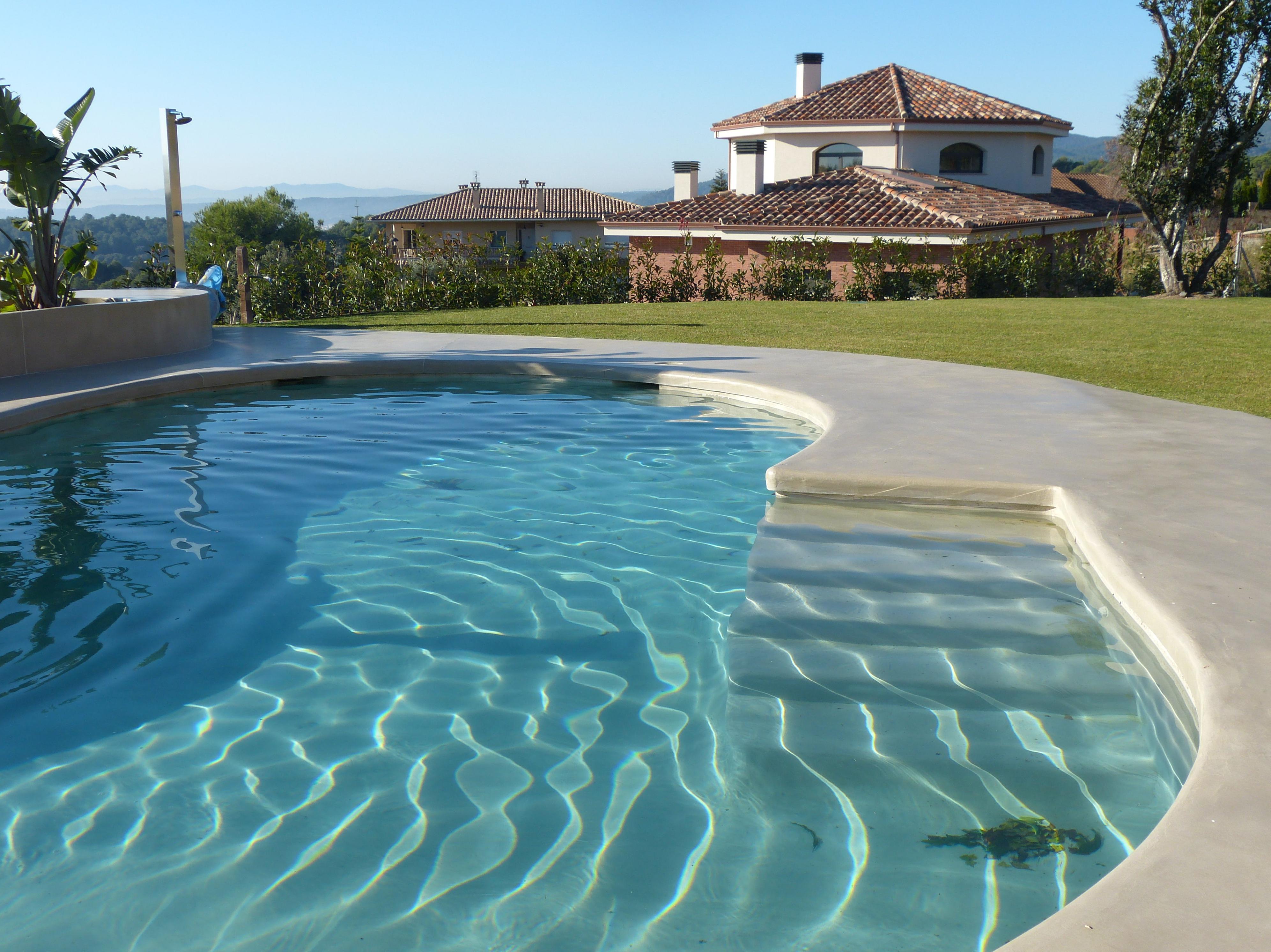 Revestimiento en exteriores y piscinas for Piscinas exteriores