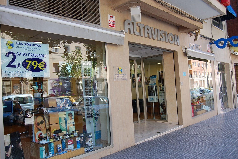 Fachada Altavisión óptica Cartagena.