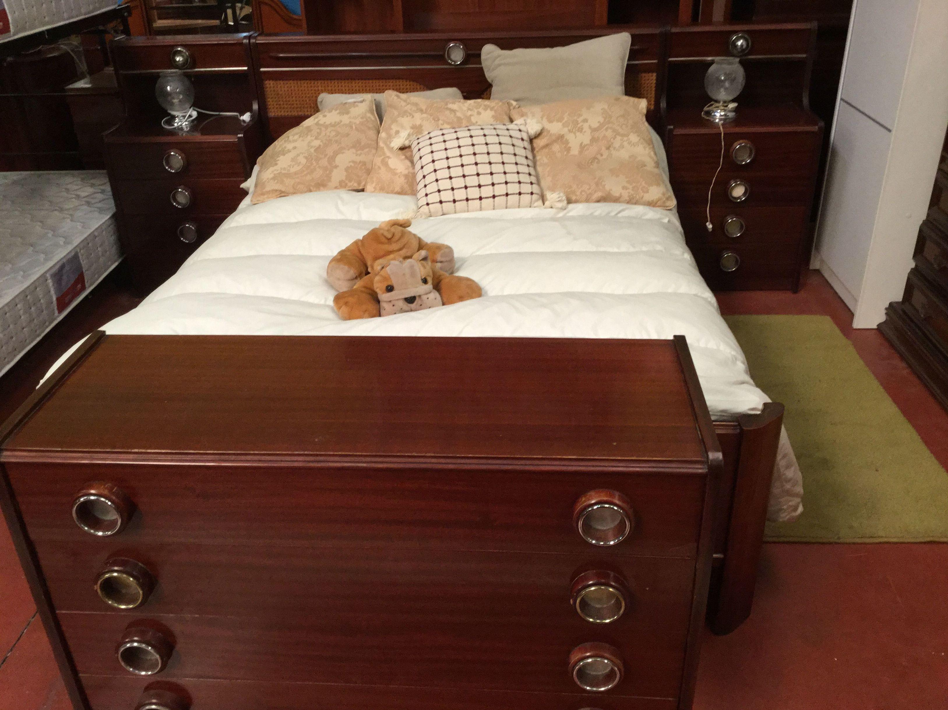 Dormitorio matrimonio cat logo de rastro remar for Remar recogida muebles
