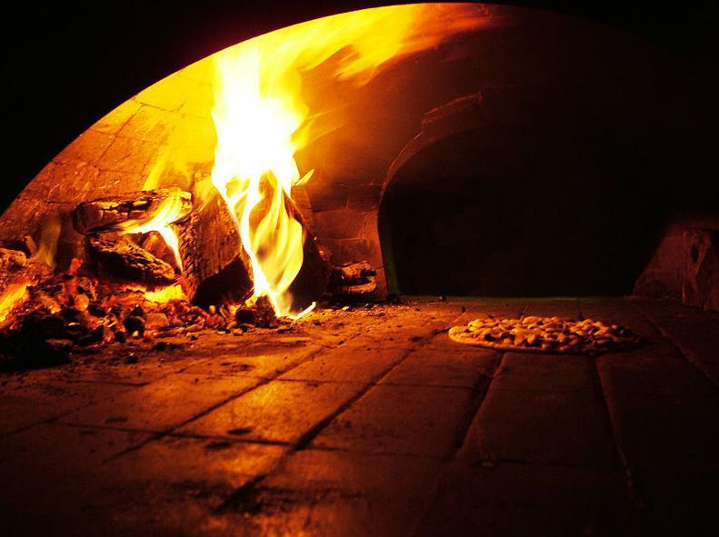 Pizzería Mar y Luz, cocina mediterránea