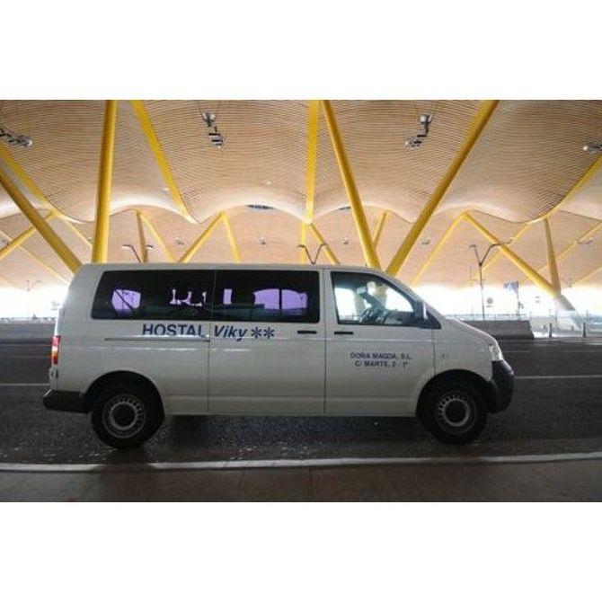 Transporte gratuito: servicios de Hostal Viky