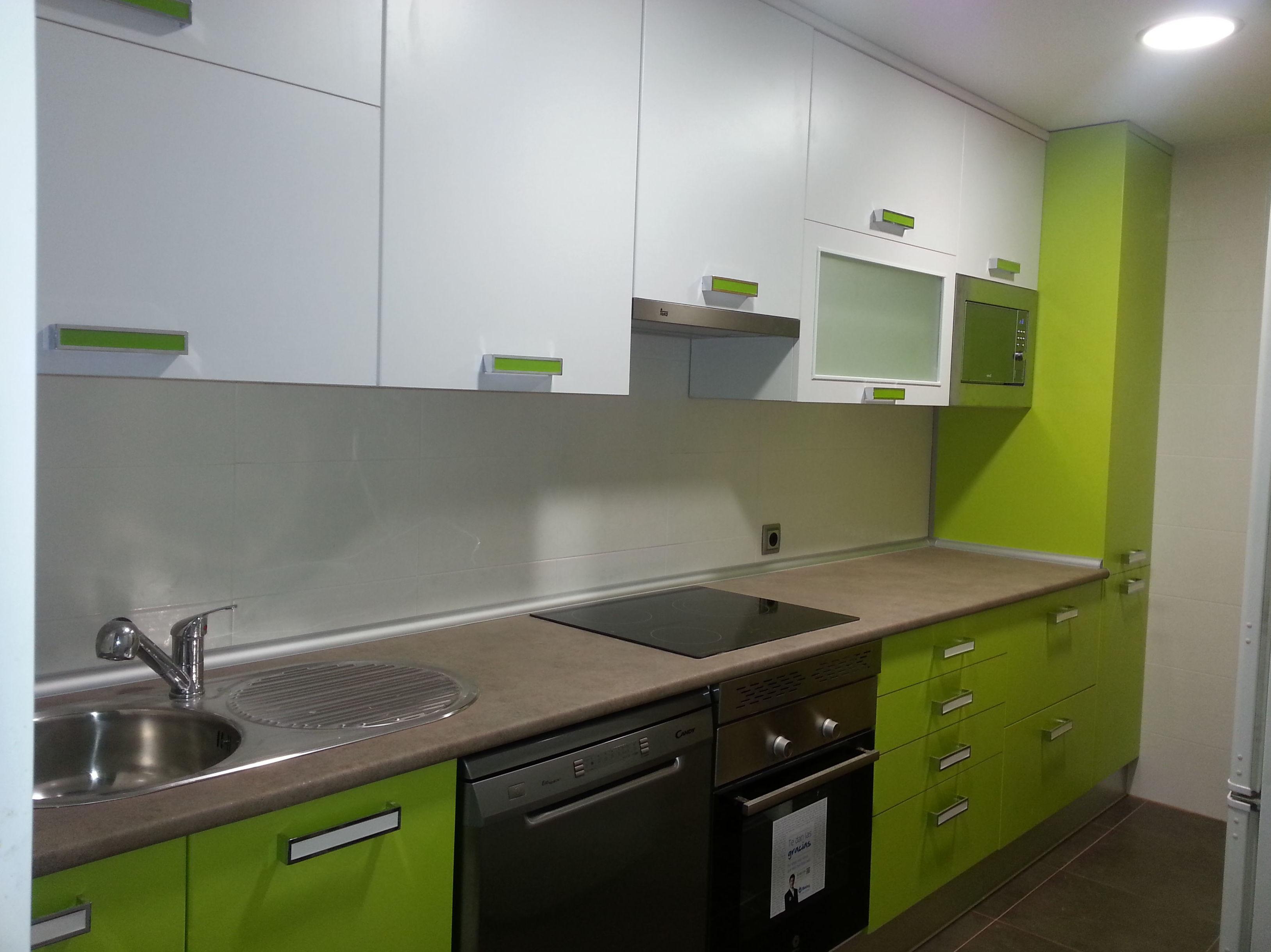 Foto 5 de muebles de ba o y cocina en madrid estudios y for Cocinas modernas madrid