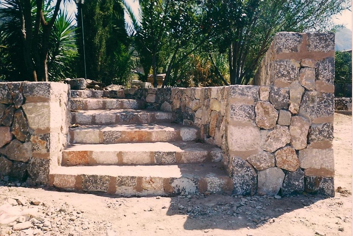 Escaleras servicios de tot pedra - Escalones de piedra ...