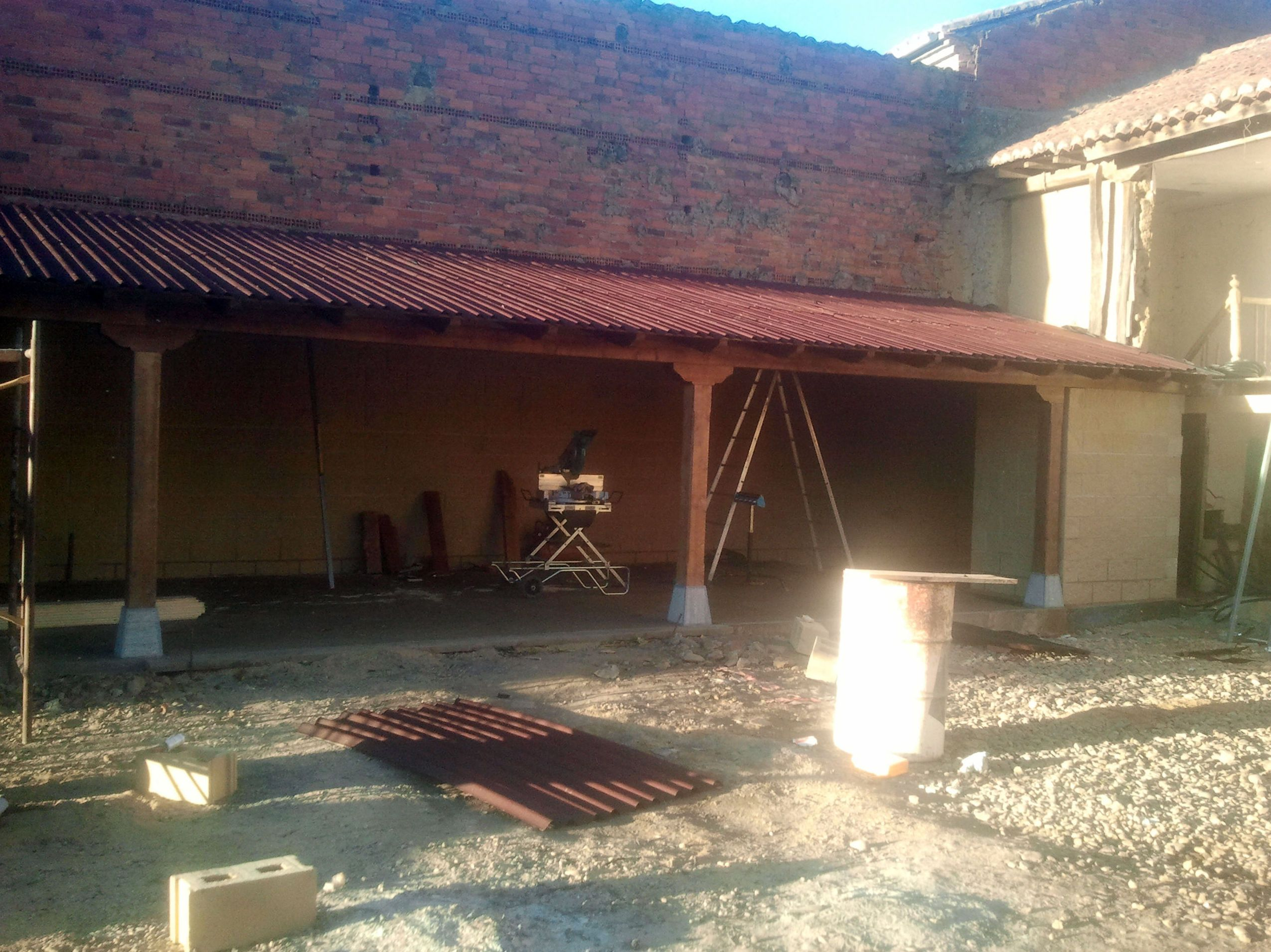 Reparaci n de cubiertas y tejados en cantabria cubiertas for Tejados de madera en cantabria