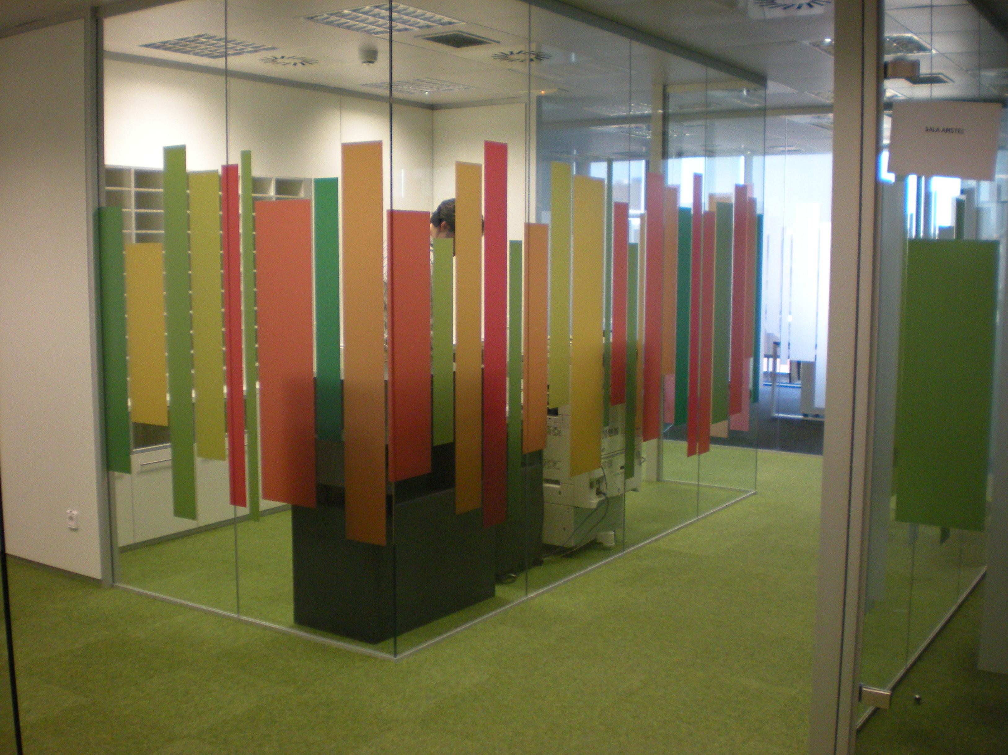 Mamparas oficina madrid for Mamparas de oficina madrid