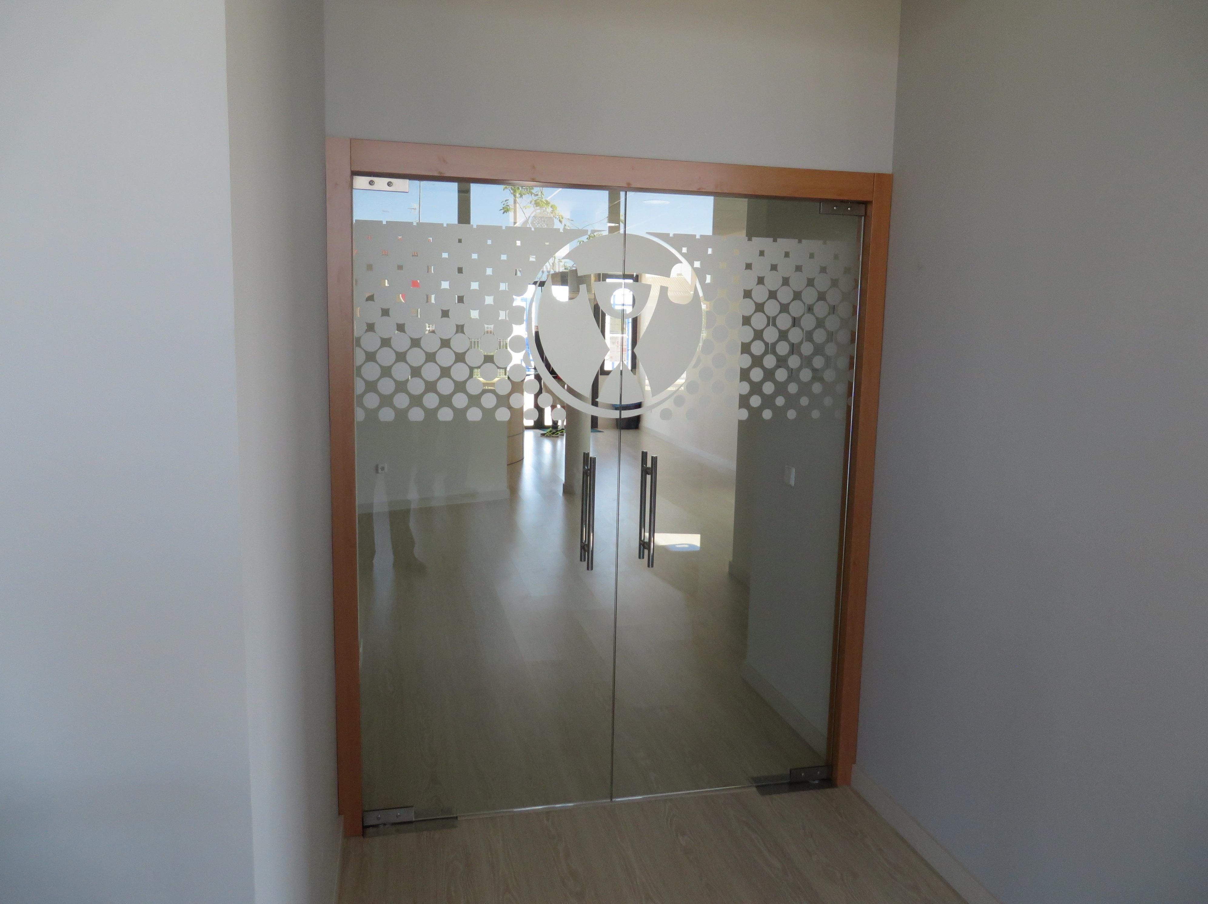 Puertas de cristal for Puertas de vidrio para interiores