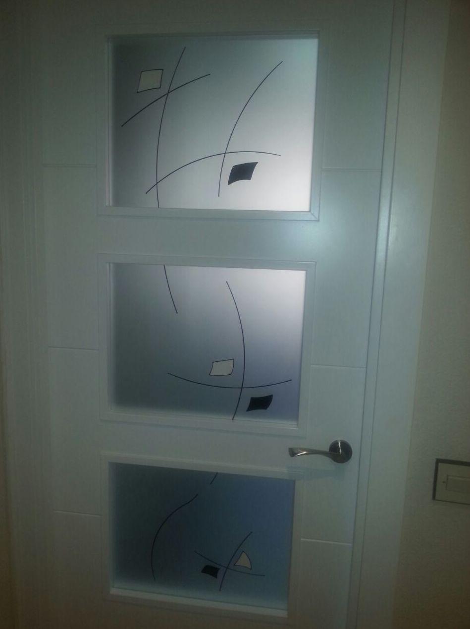 Cristales para puertas cristalerias en madrid for Cristales para puertas de interior precios