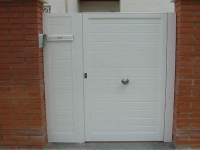 Puerta cancela cat logo de jgmaluminio for Catalogo de puertas de aluminio
