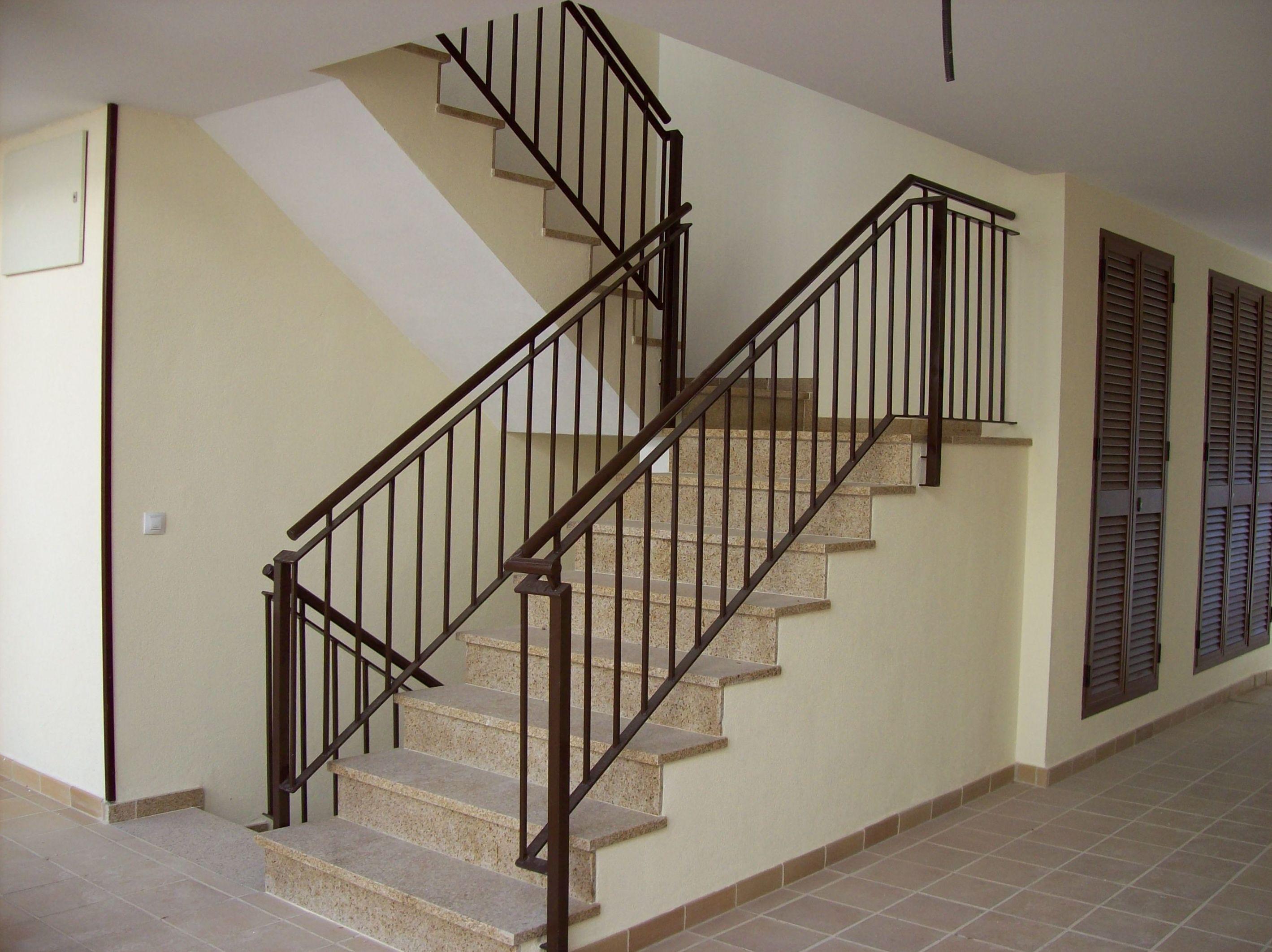 Barandas para escaleras modernas latest catlogo de for Barandas de escalera