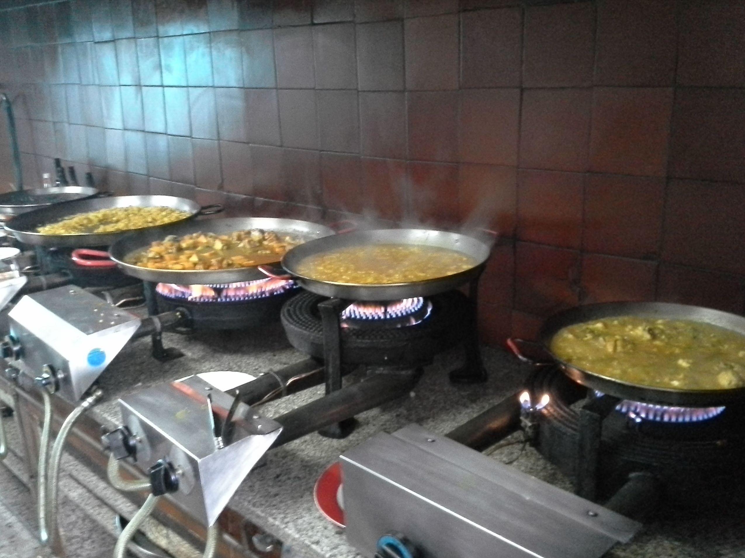 Amplia variedad de arroces para degustar en el restaurante y para llevar