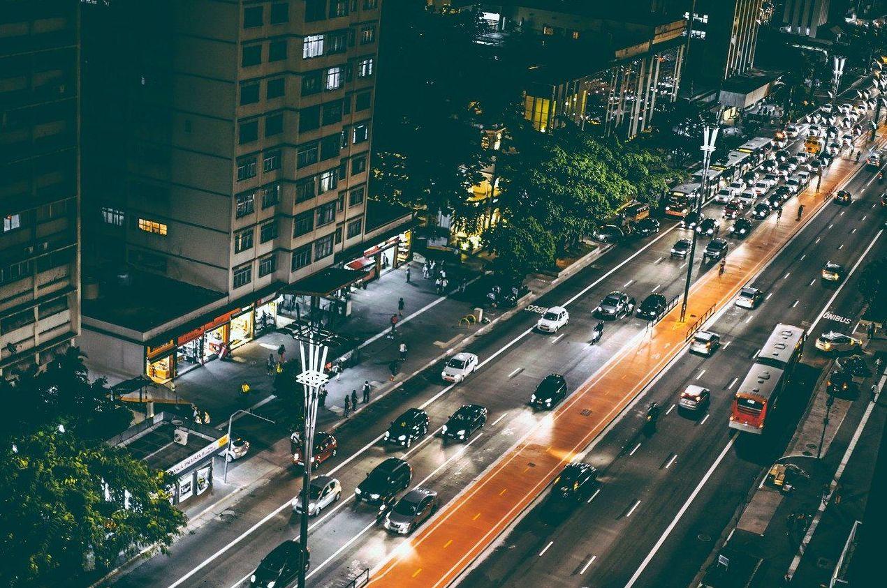 Desplazamientos urbanos y provinciales: Servicios de Tele Taxi Compostela