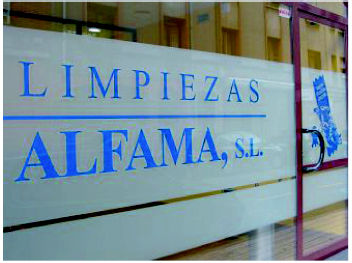 Foto 1 de Abrillantado y cristalizado de suelos en Gijón | Limpiezas Alfama, S.L.