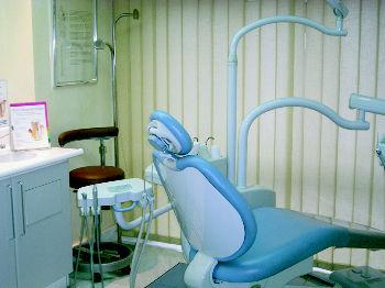 Foto 3 de Clínicas dentales en Oviedo | Enrique R. Rosell
