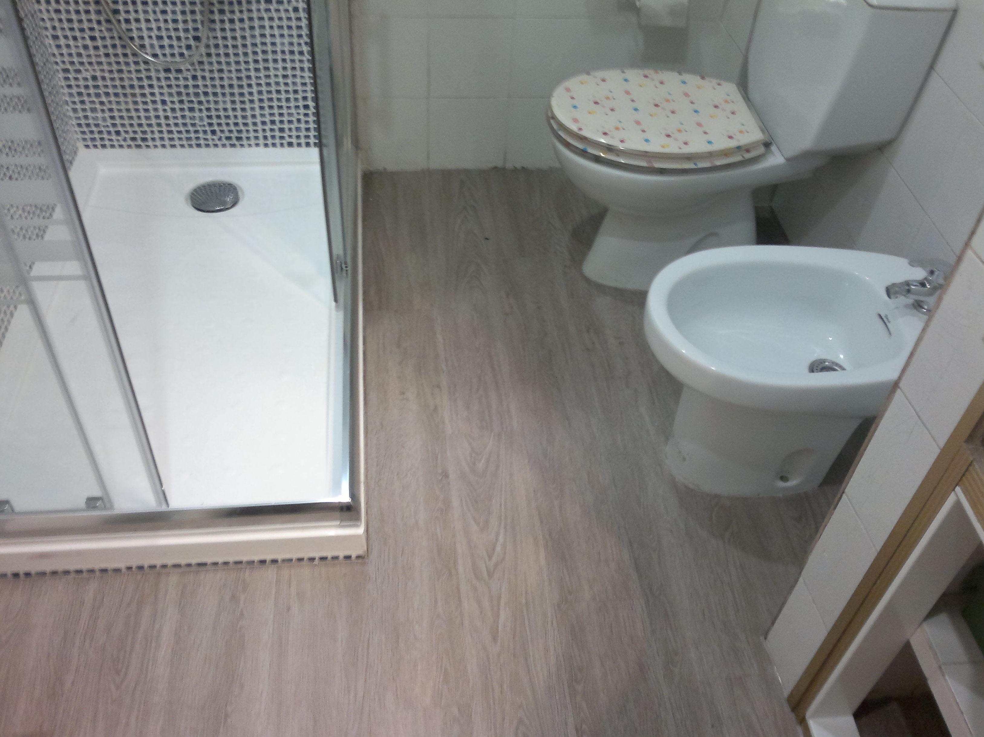 Suelo laminado baos elegant affordable amazing de suelos - Laminas de parquet ...