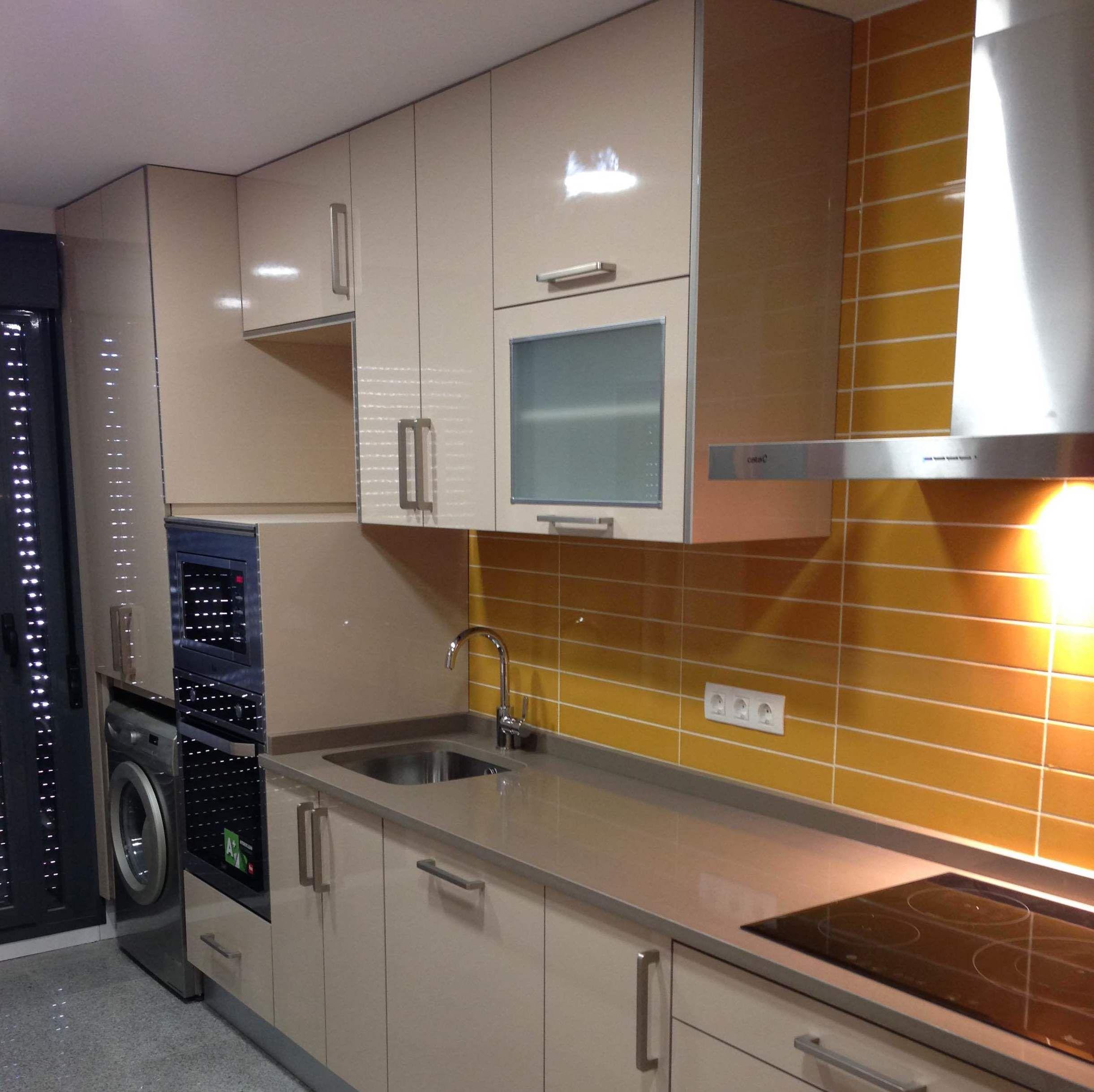 Cocinas baratas en alcal de henares muebles de cocina mardi for Esmalte para muebles de cocina