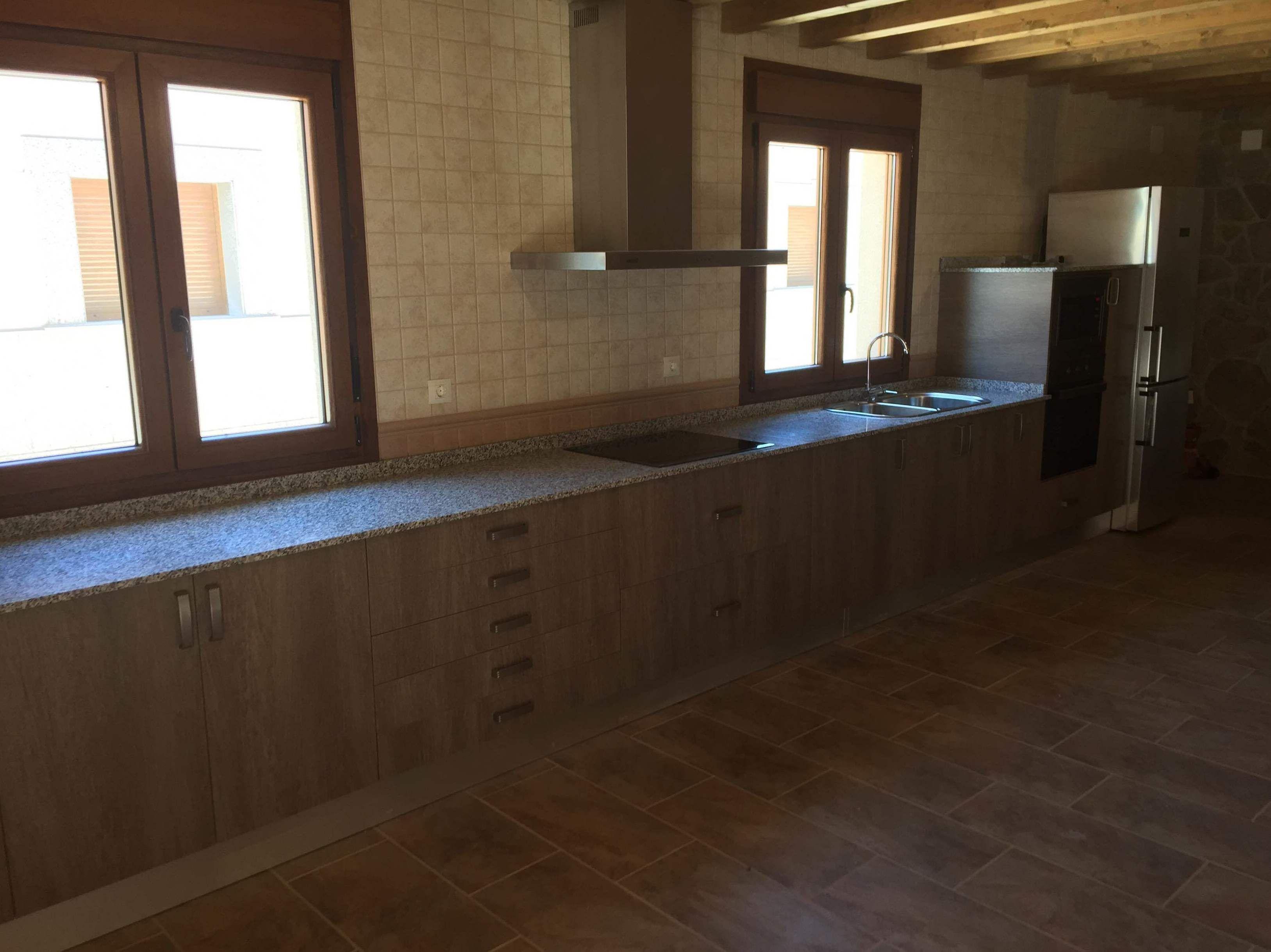 Muebles rojo alcala de henares 20170730172747 - Reformas de cocinas baratas ...