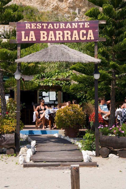 Restaurante La Barraca en la Playa de Cantarrijan