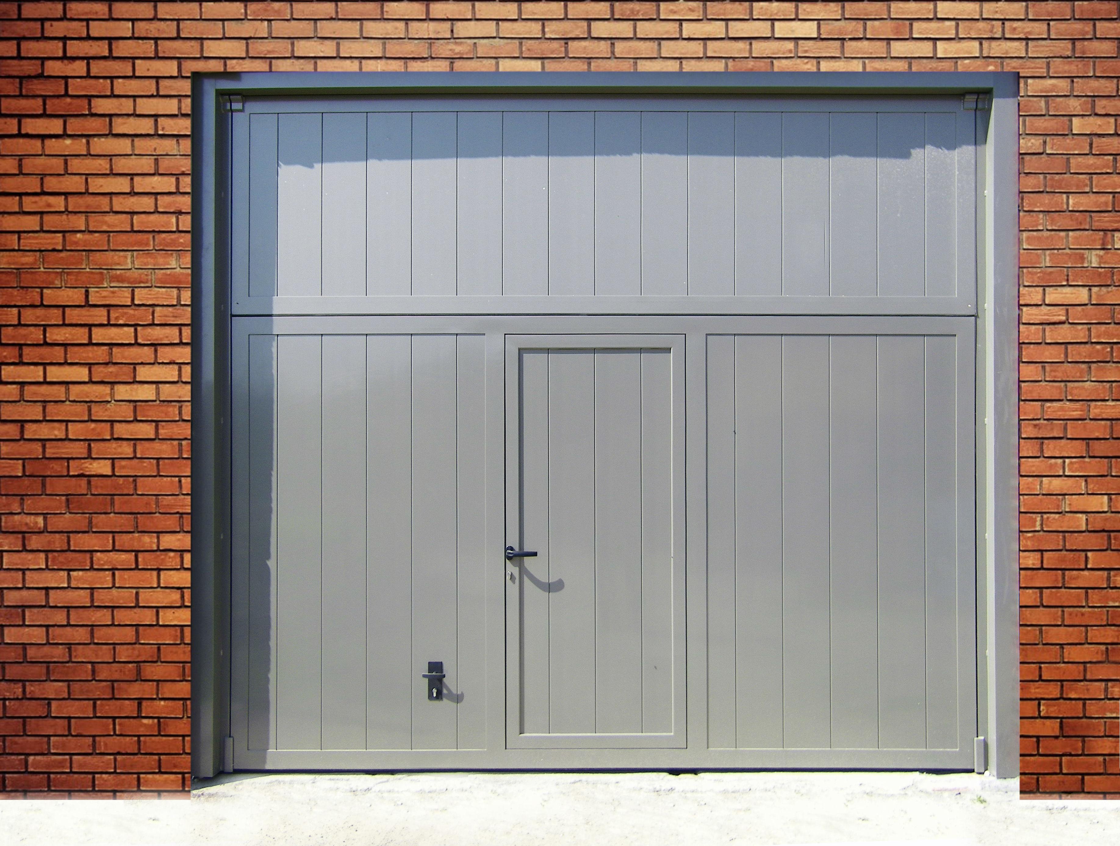 Modelos de puertas de garaje y jard n for Modelos de puertas de garaje