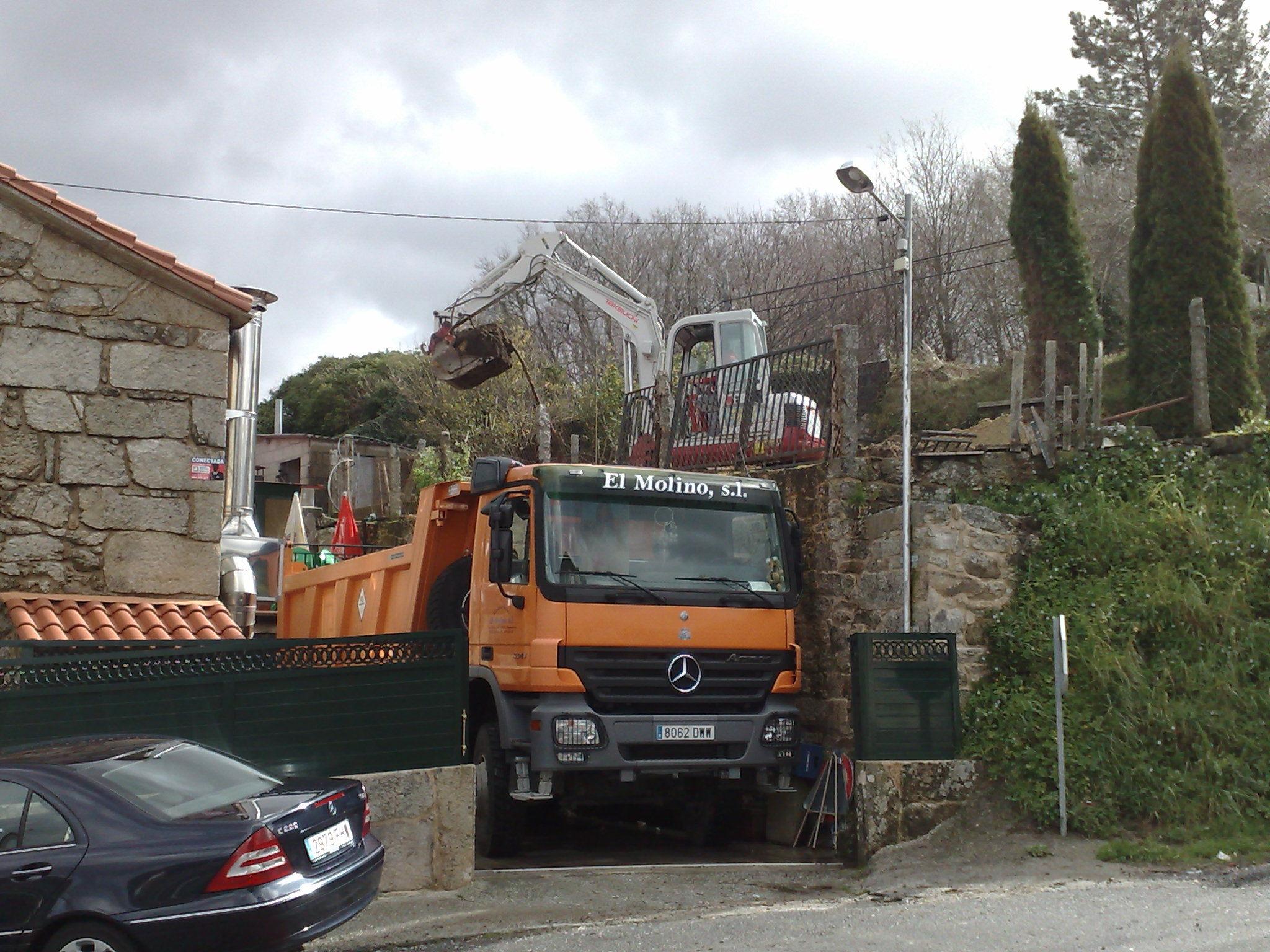 excavacion de piscina en san jorge de sacos-COTOBAD