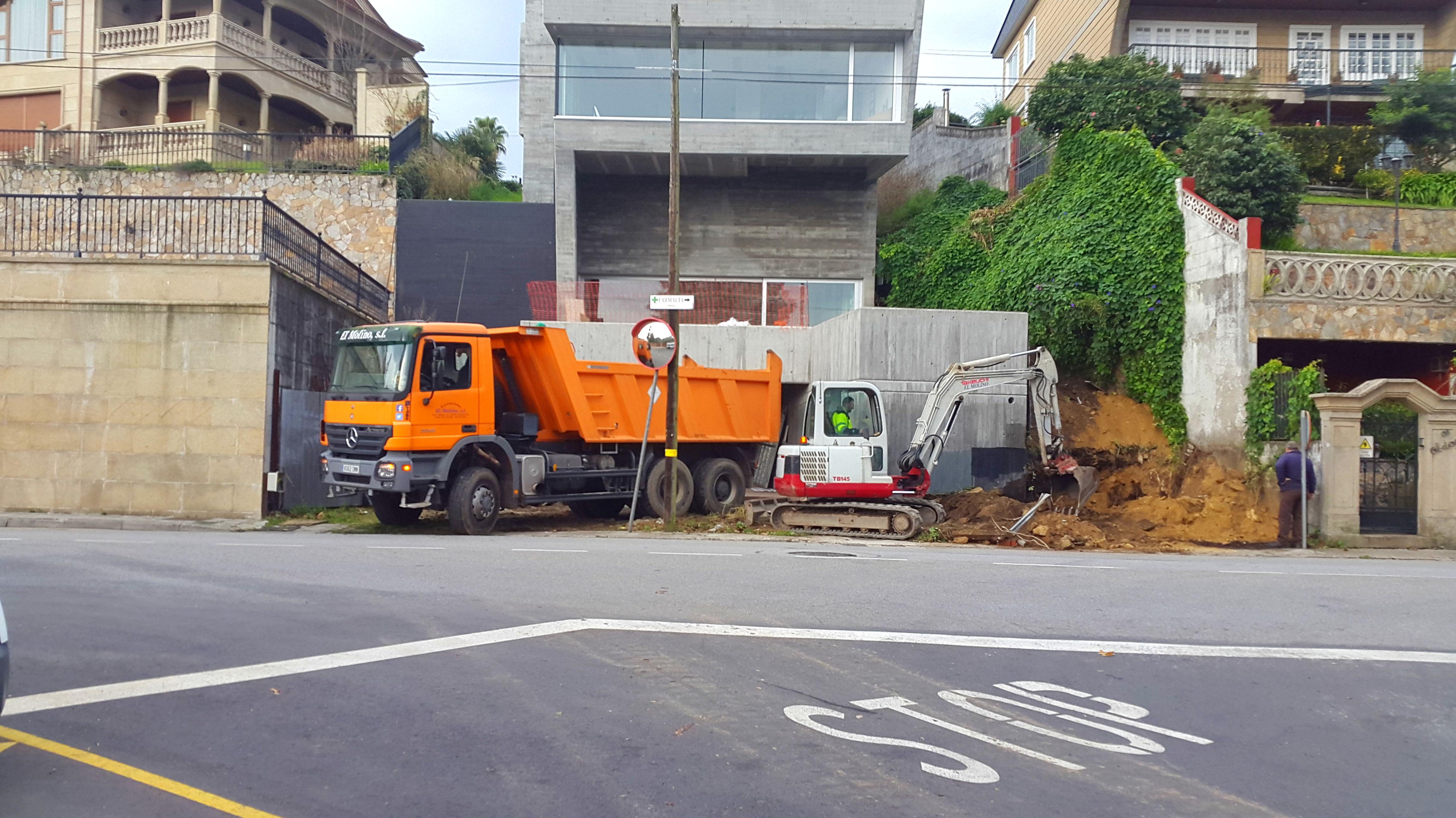Foto 192 de Excavaciones en    Excavaciones El Molino, S.L.