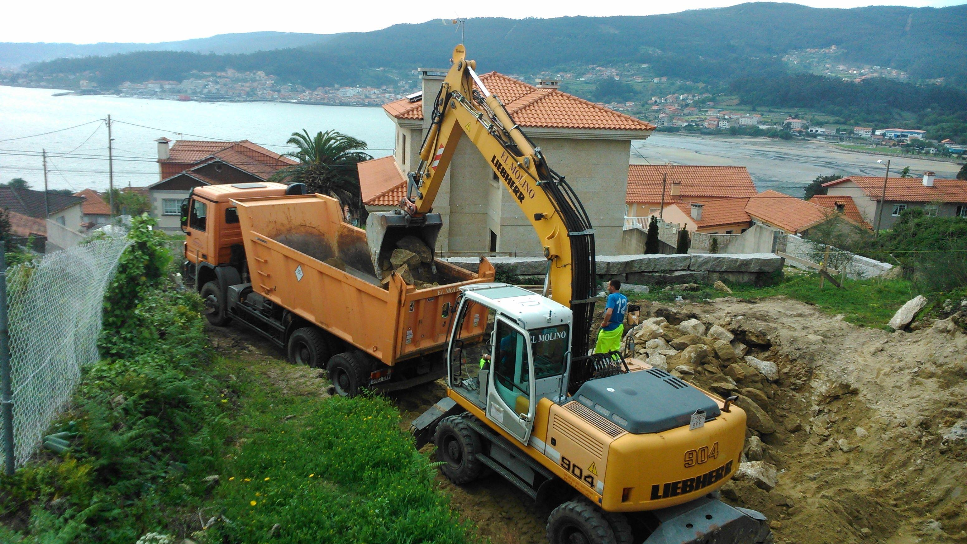 Foto 140 de Excavaciones en    Excavaciones El Molino, S.L.