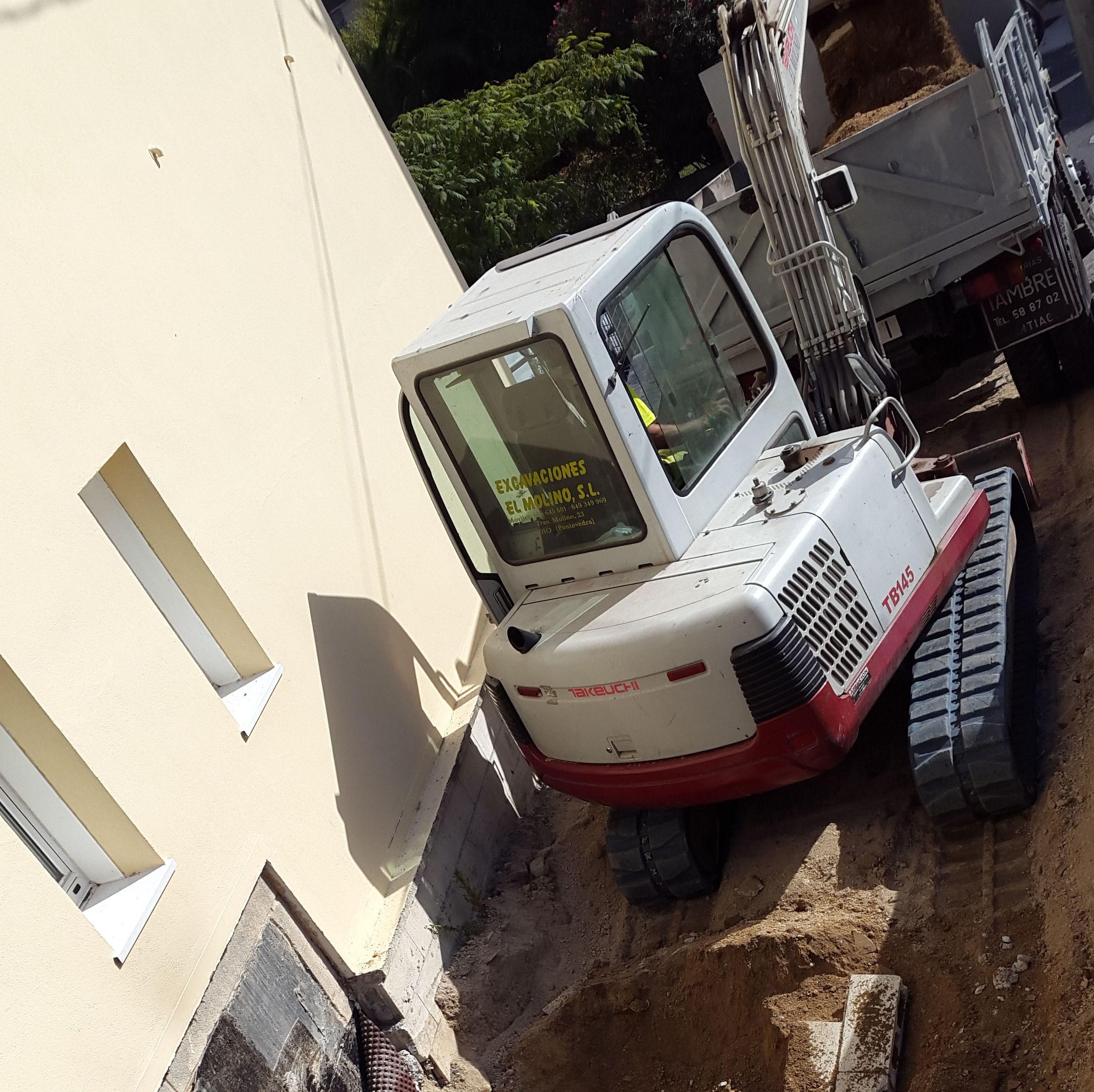 Foto 85 de Excavaciones en  | Excavaciones El Molino, S.L.