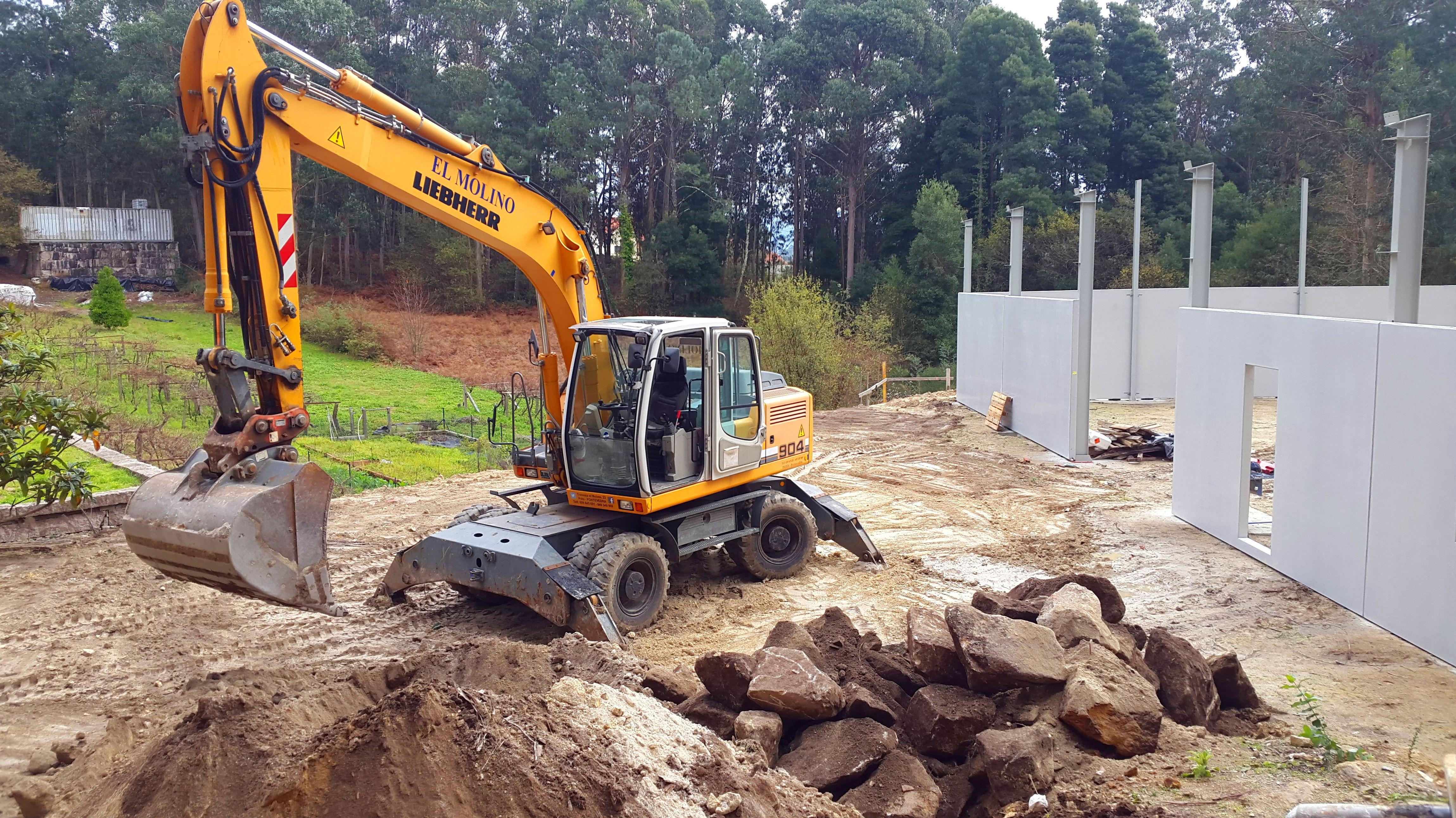 Foto 11 de Excavaciones en  | Excavaciones El Molino, S.L.