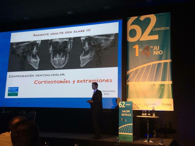 Conferencia en Sevilla