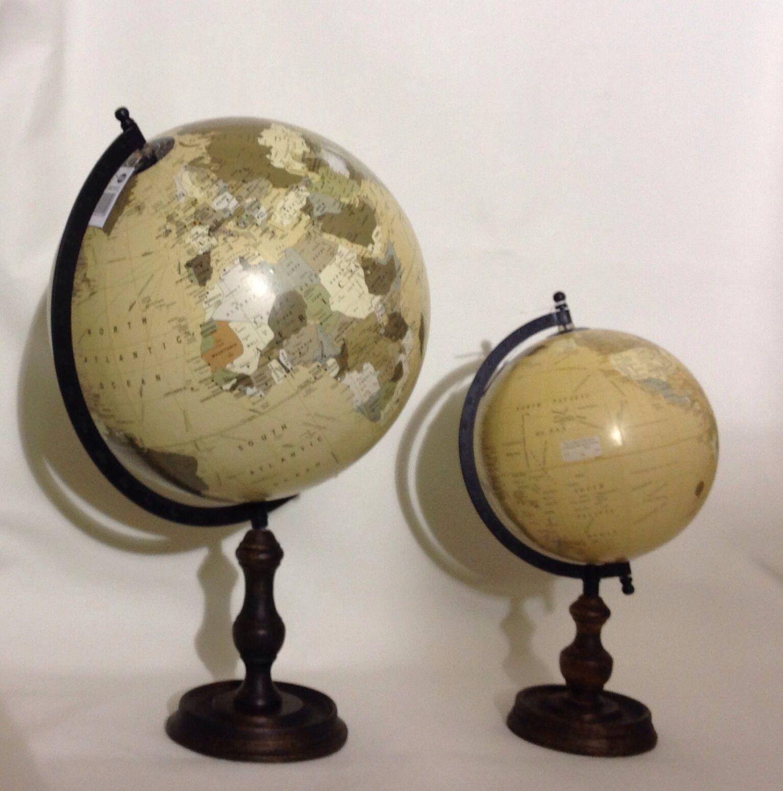 Decoraci n bolas del mundo con pie de madera cat logo de ste odile decoraci n - Bola del mundo decoracion ...
