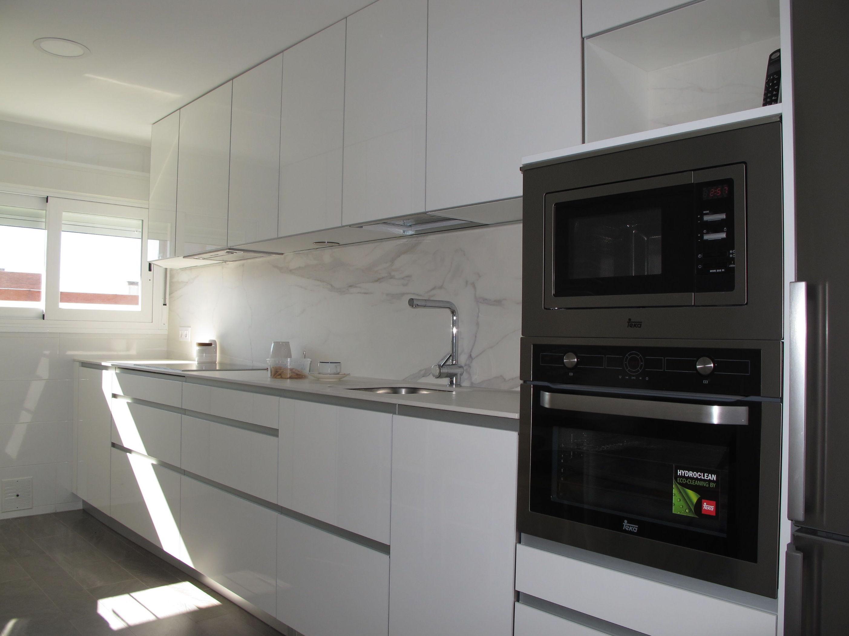 Bonito cocinas blancas brillo fotos cocinas valencia - Cocinas blanco brillo ...