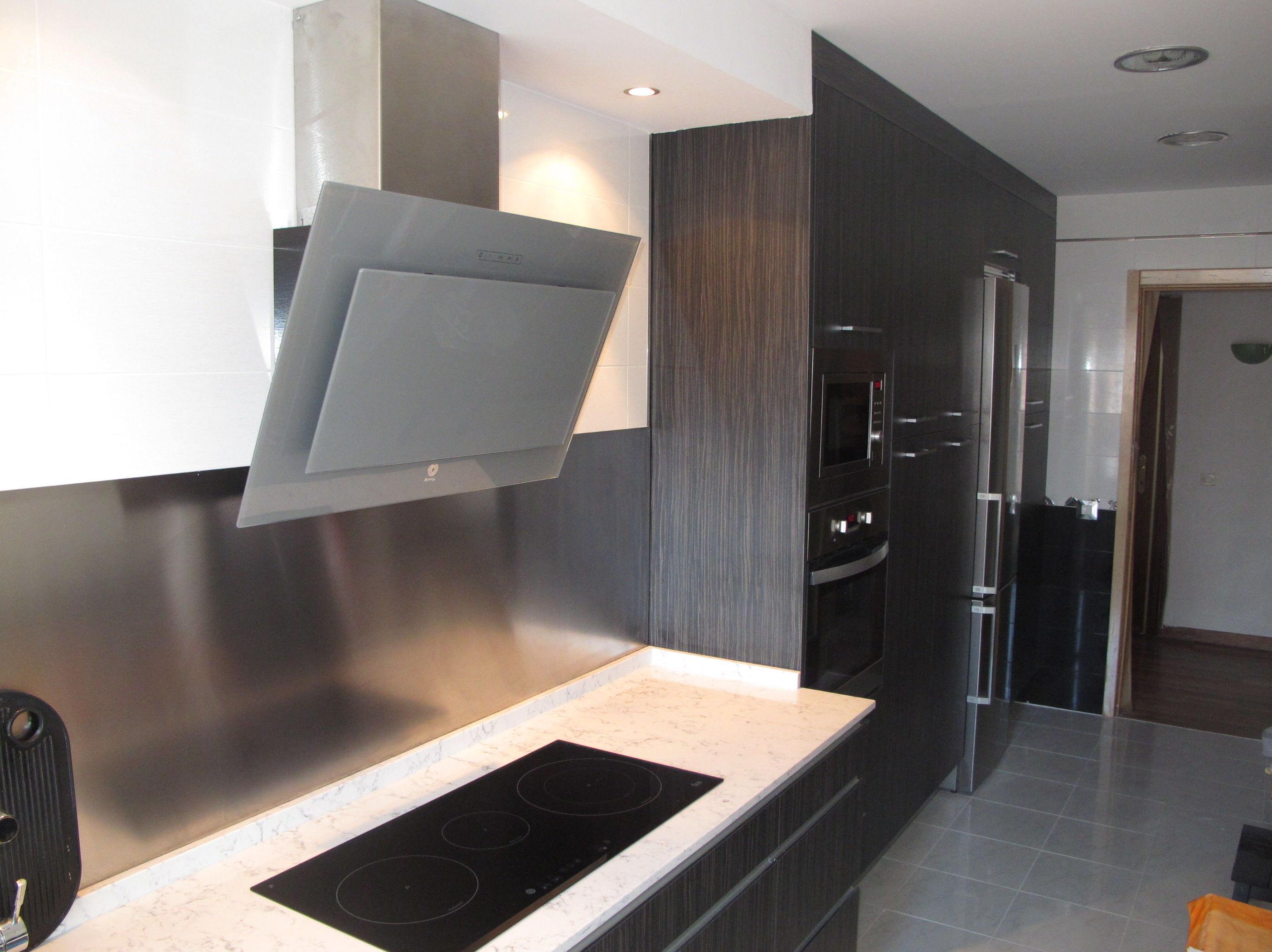 Muebles de cocina proyecto realizado en madrid cat logo for Muebles de diseno madrid