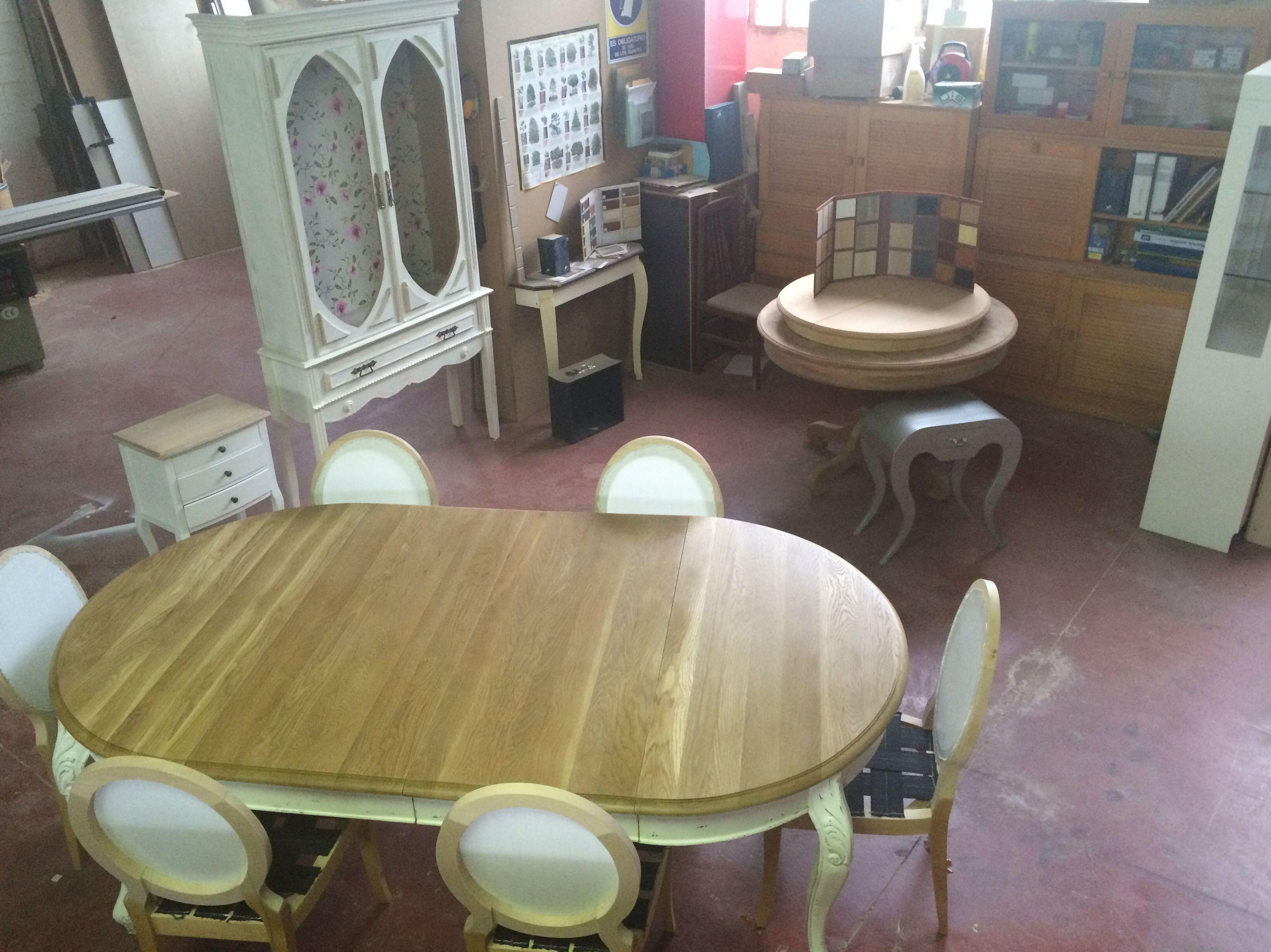 Trabajamos con tiendas de muebles decoradores de - Disenadores de interiores barcelona ...