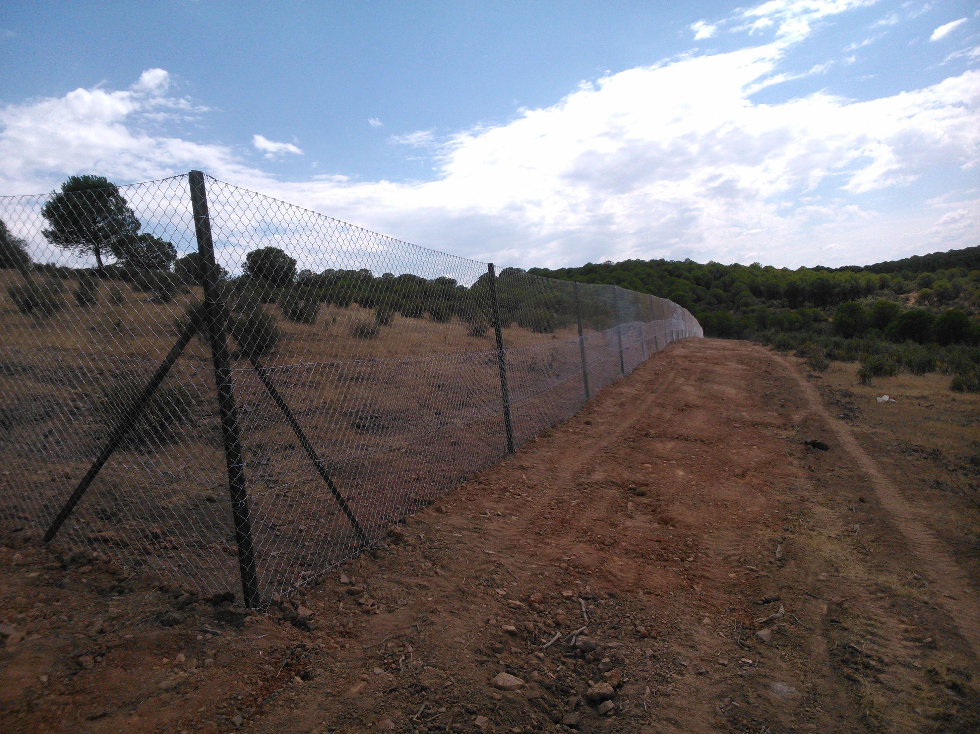 Cerramientos de  malla en Jaén