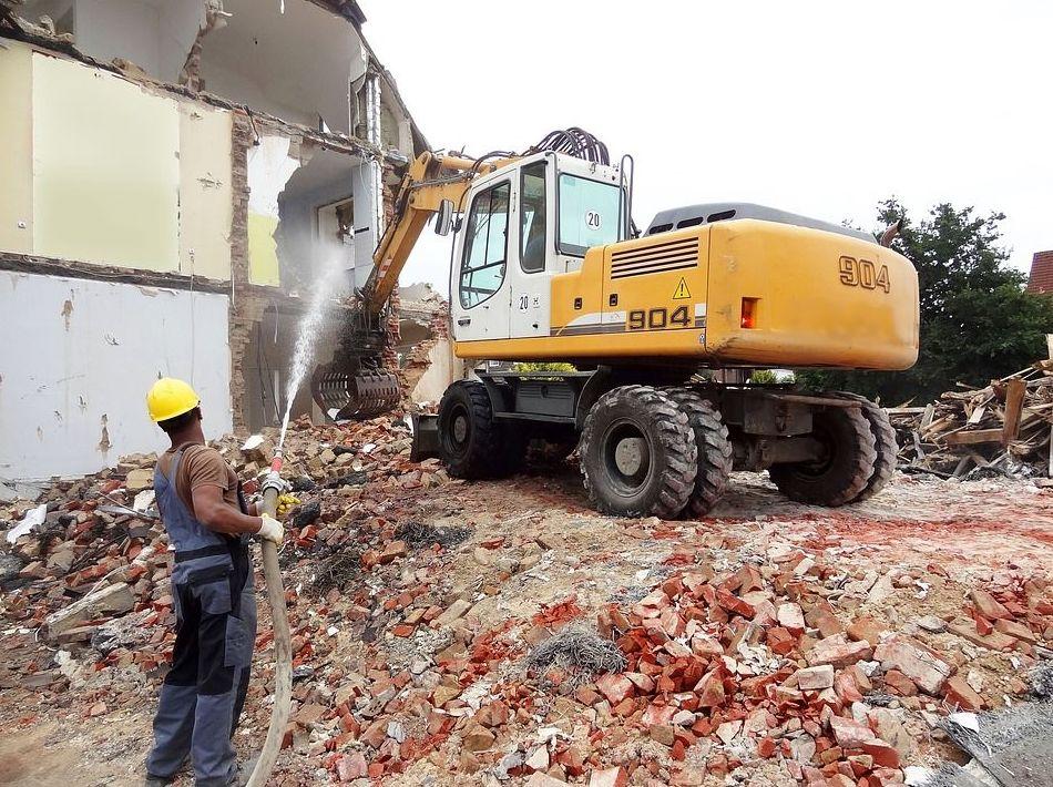 Demoliciones: Trabajos de Construcciones Javier Villar