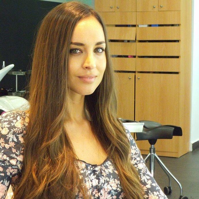 Lorena Van Heerde. Llongueras Mirasierra.