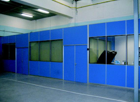 Mamparas de oficina en gij n asturias instaladas por los for Oficinas de la caixa en gijon