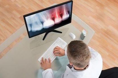 Cámara Intraoral: Tratamientos y tecnología  de Clínica Dental Los Milagros