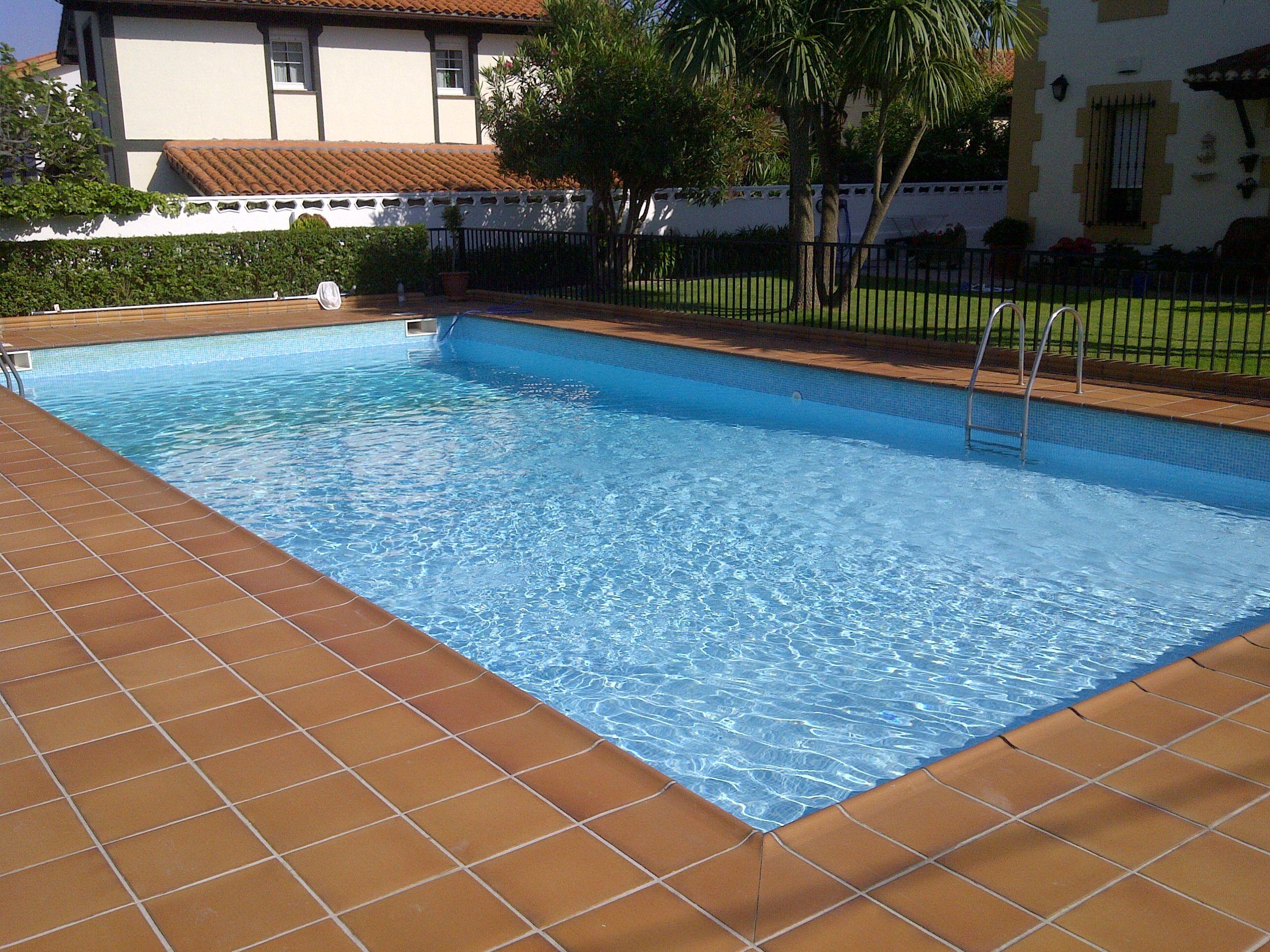 Piscinas de hormigon construccin piscinas hormign armado for Ofertas piscinas de hormigon