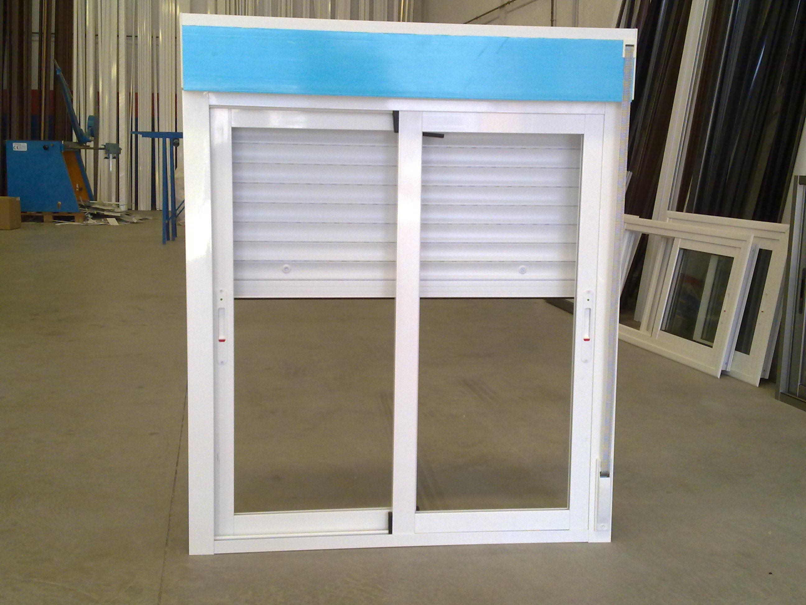 Sentar las bases para su hogar instalacion de puertas de - Ventanas pvc pamplona ...