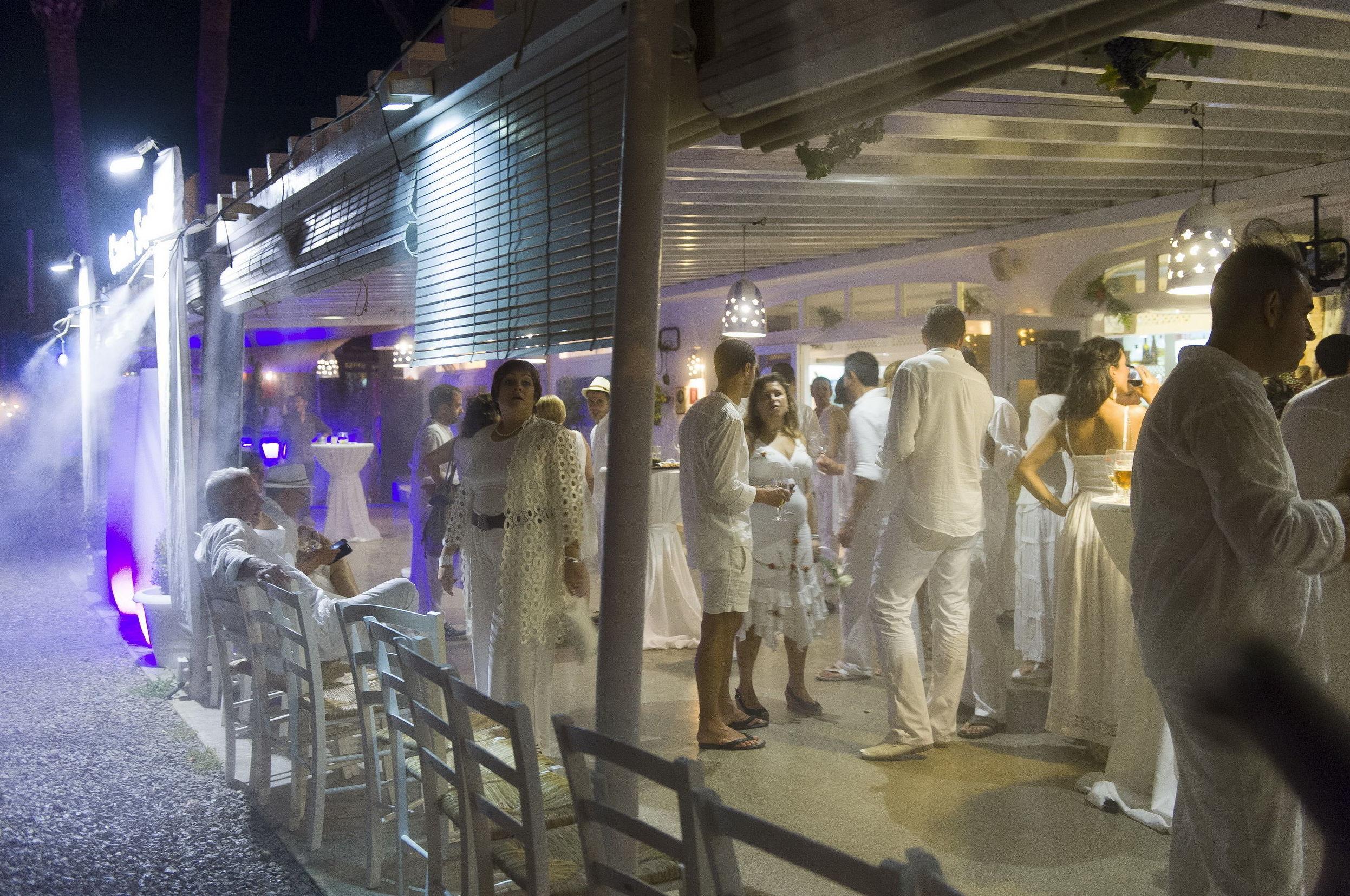 Terraza nocturna para fiestas ibicencas