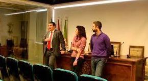 D. Manuel Martos en conferencia en Granada