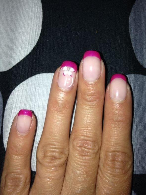 Especialistas en decoración de uñas esculpidas
